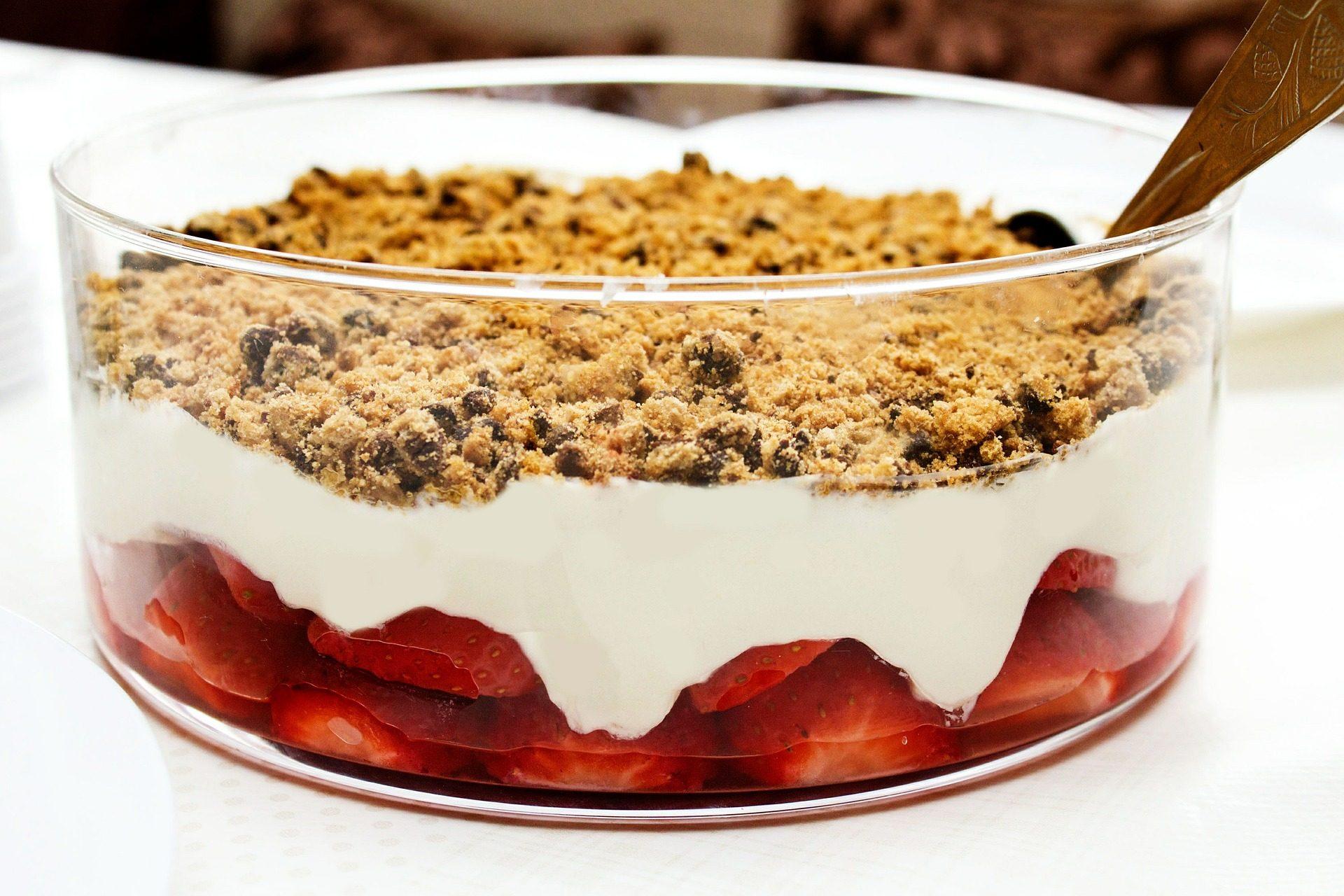 postre, dulce, fresas, muesli, crema, tarta - Fondos de Pantalla HD - professor-falken.com