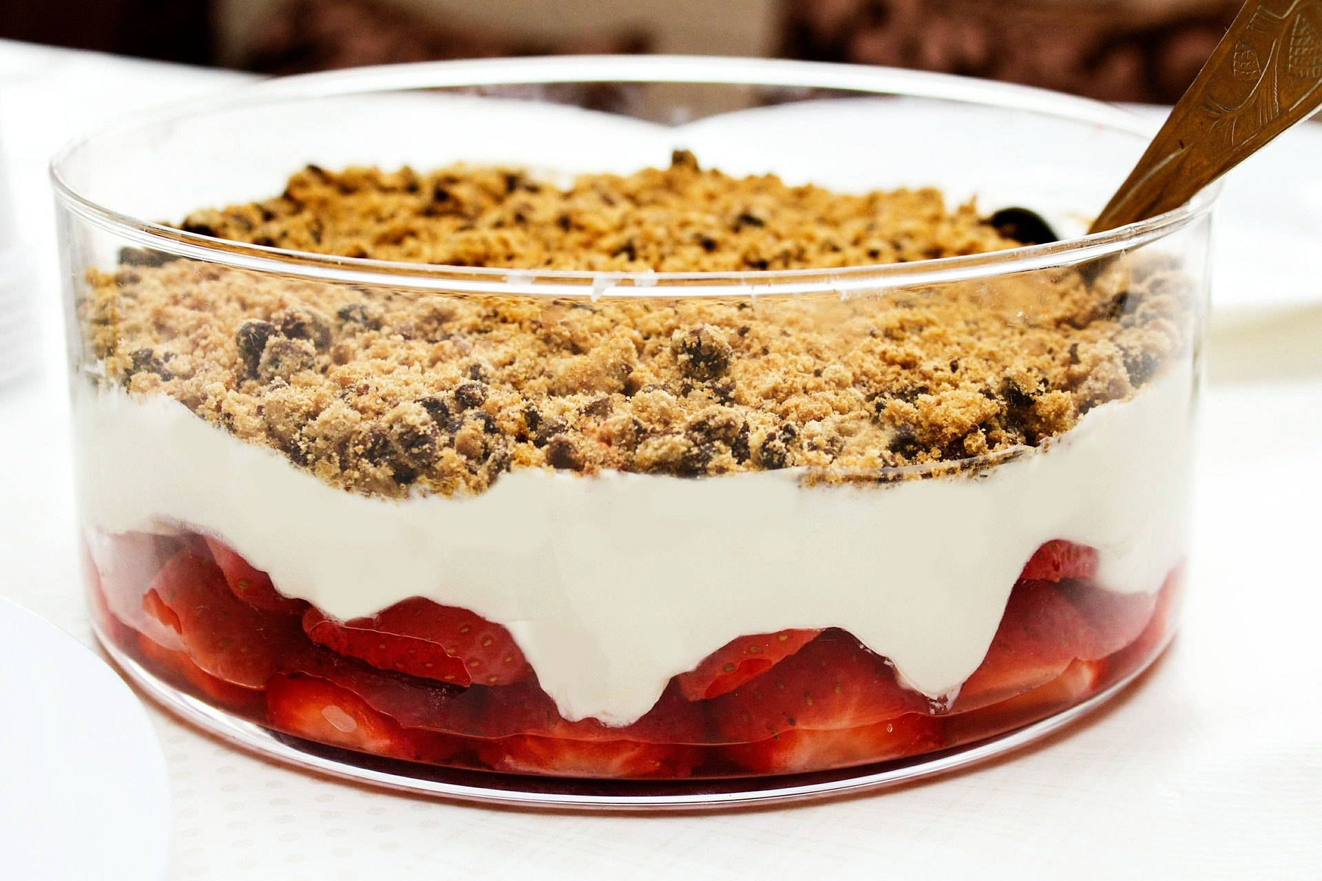 Dessert, süß, Erdbeeren, Müsli, Creme, Kuchen - Wallpaper HD - Prof.-falken.com