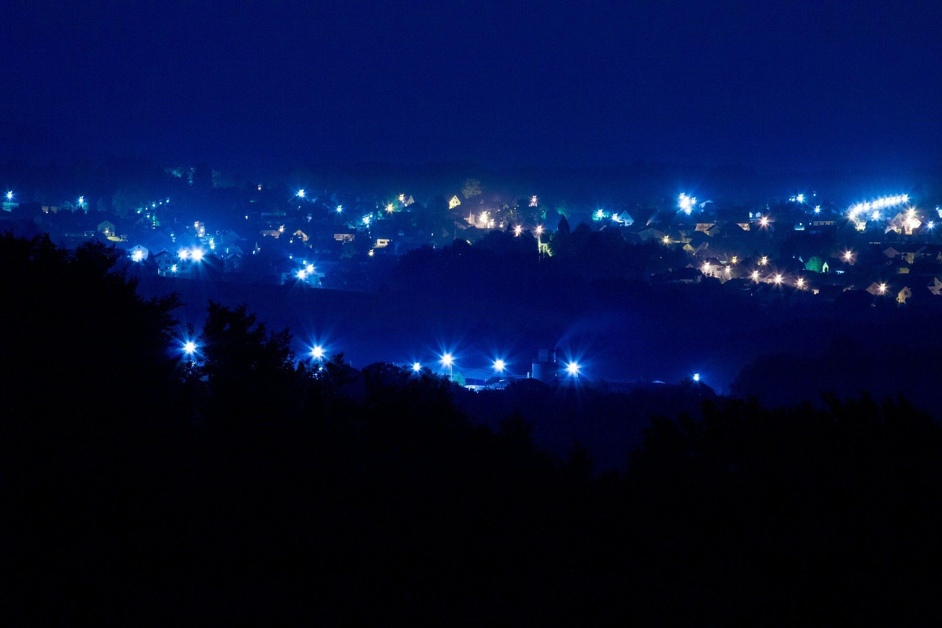 قرية, مدينة, ليلة, أضواء, الإضاءة, الظلام - خلفيات عالية الدقة - أستاذ falken.com