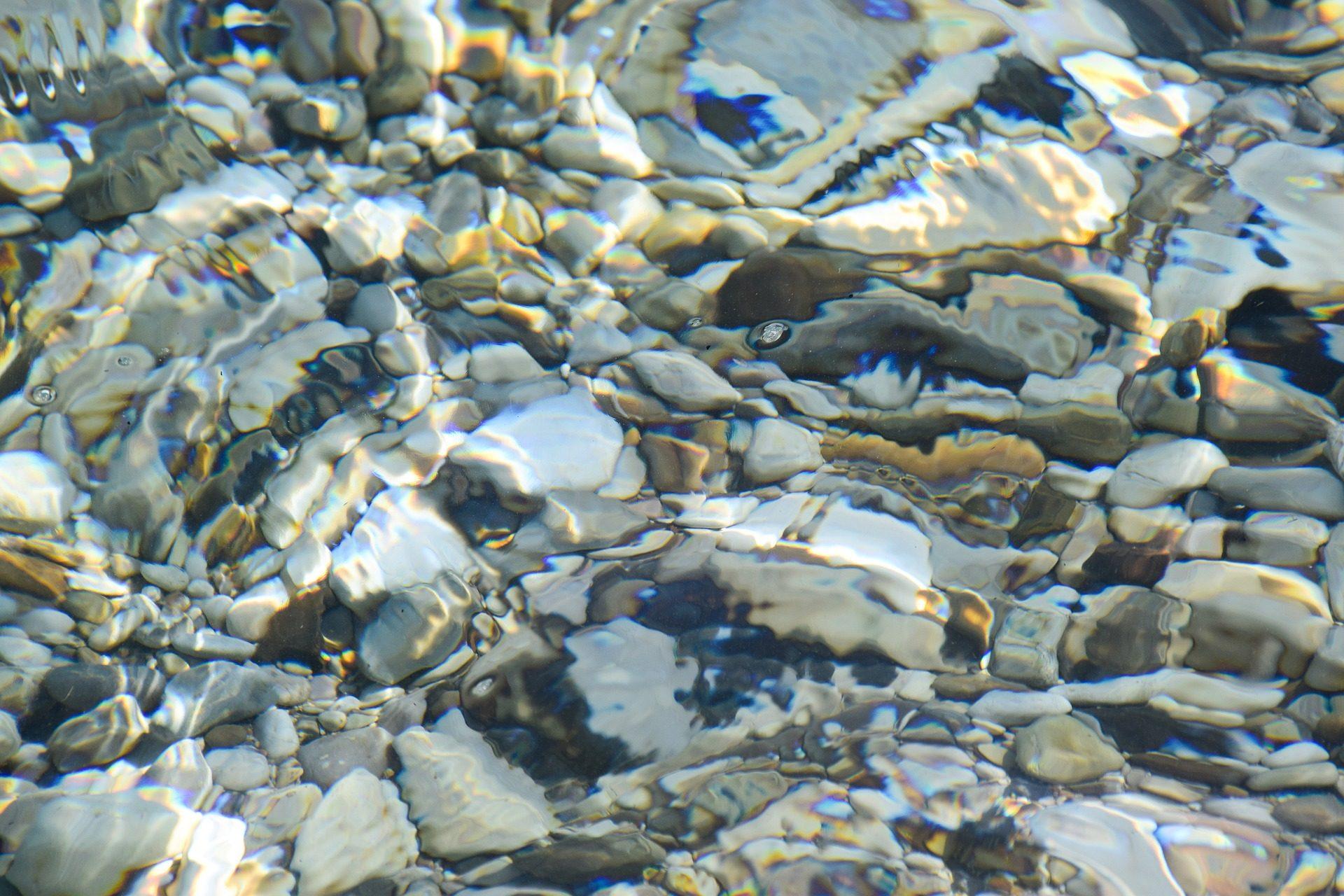 eau, Rivière, pierres, Rocas, réfraction, lumière - Fonds d'écran HD - Professor-falken.com