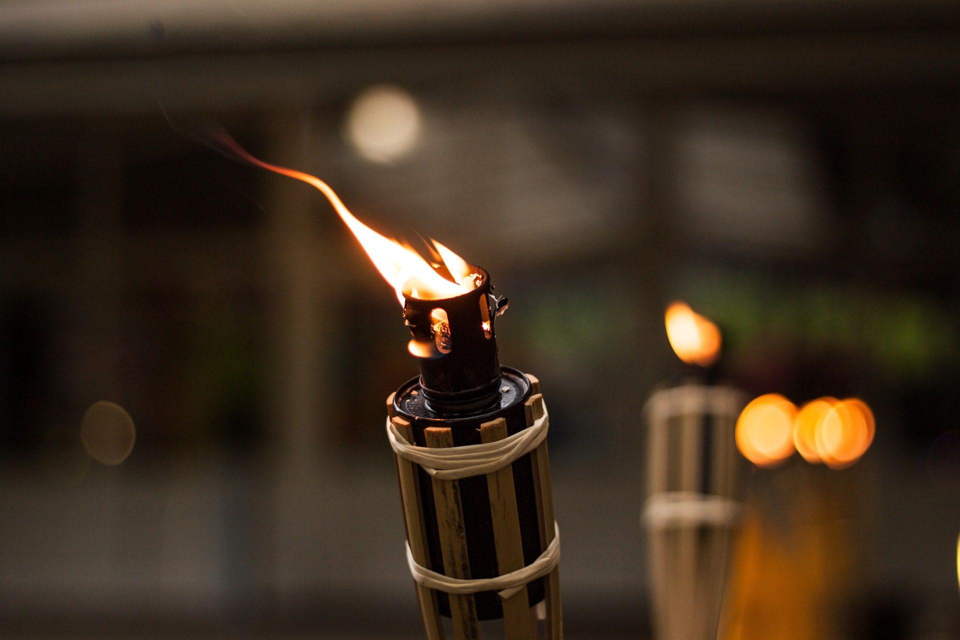 antorcha, llama, fuego, luz, flama - Fondos de Pantalla HD - professor-falken.com