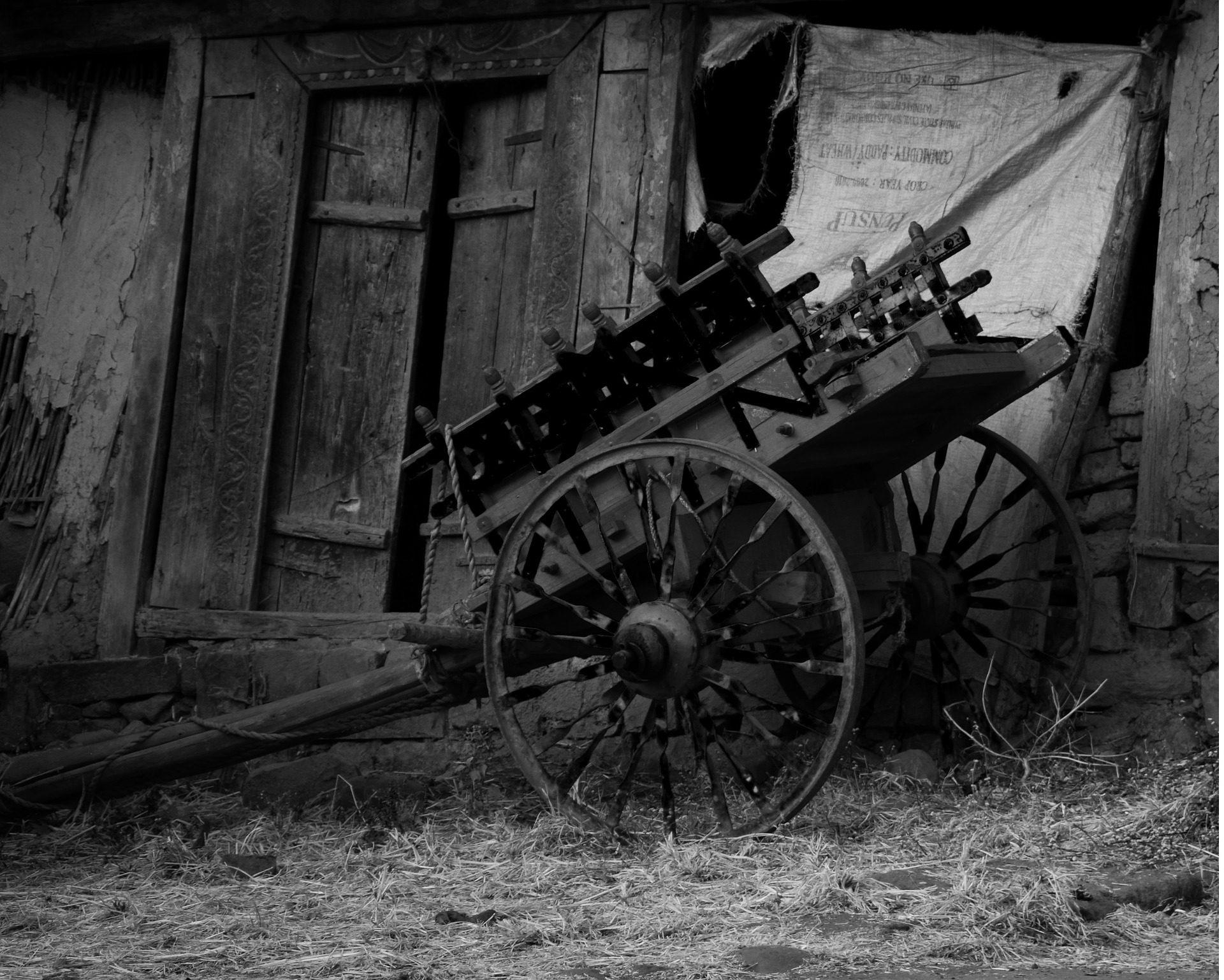 Legno Bianco E Nero : Carta da parati wagon carrello legno vecchio abbandonato in