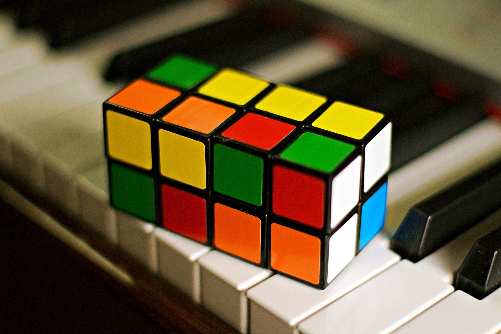 cubo, Cubo di Rubik, chiavi, pianoforte, parti, colori - Sfondi HD - Professor-falken.com