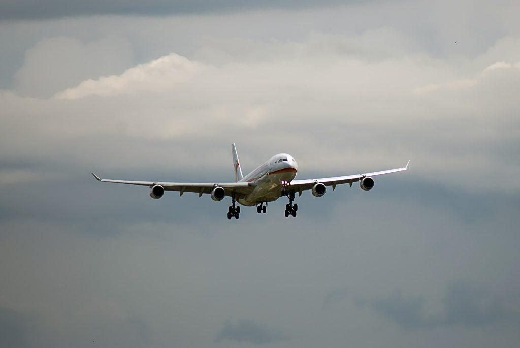 avión, vuelo, alas, cielo, nublado, 1708191635