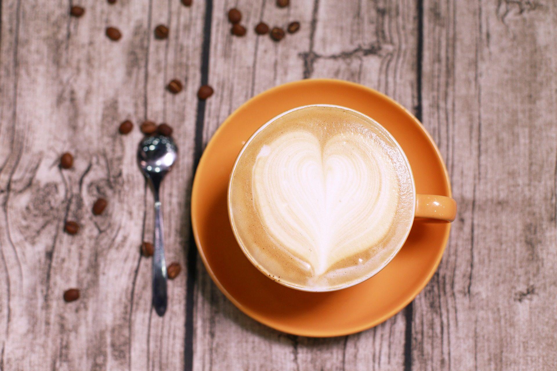 कॉफी, कप, दिल, लकड़ी, एक चम्मच - HD वॉलपेपर - प्रोफेसर-falken.com