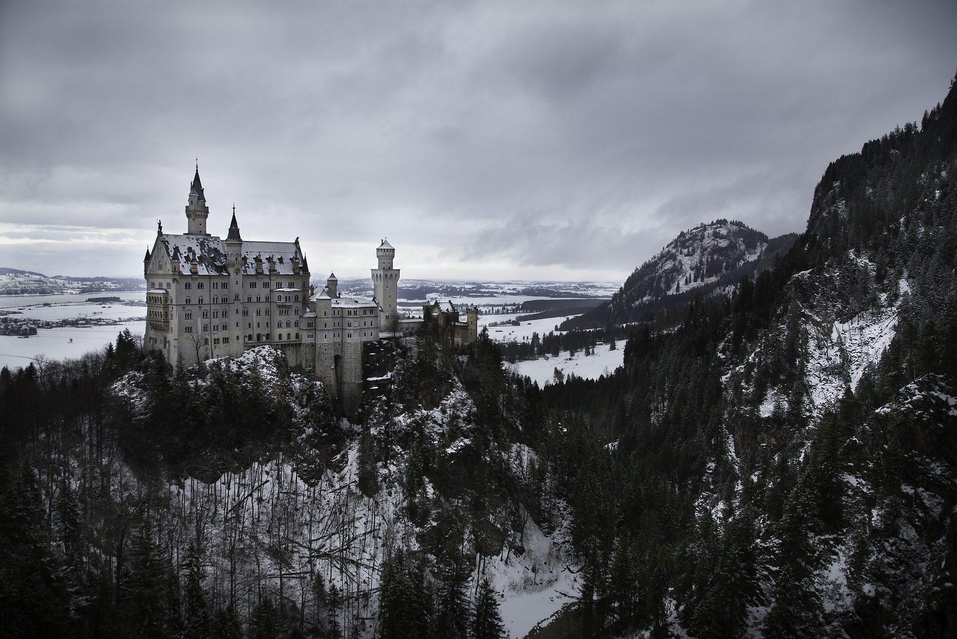 महल, किले, Montañas, बर्फ, बादल, पेड़ - HD वॉलपेपर - प्रोफेसर-falken.com