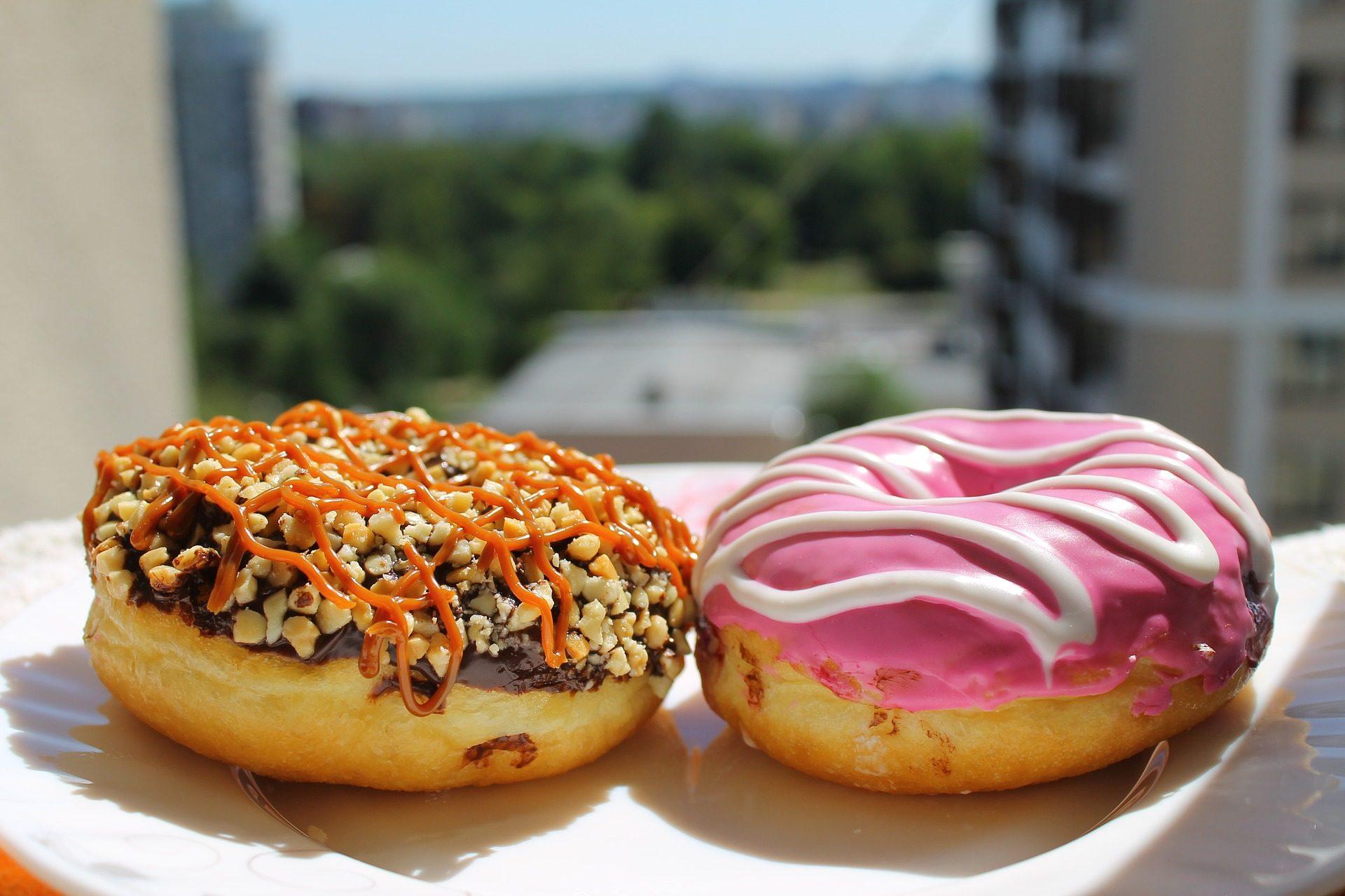 Пончики, пончики, сладкий, глазурь, пирожные - Обои HD - Профессор falken.com