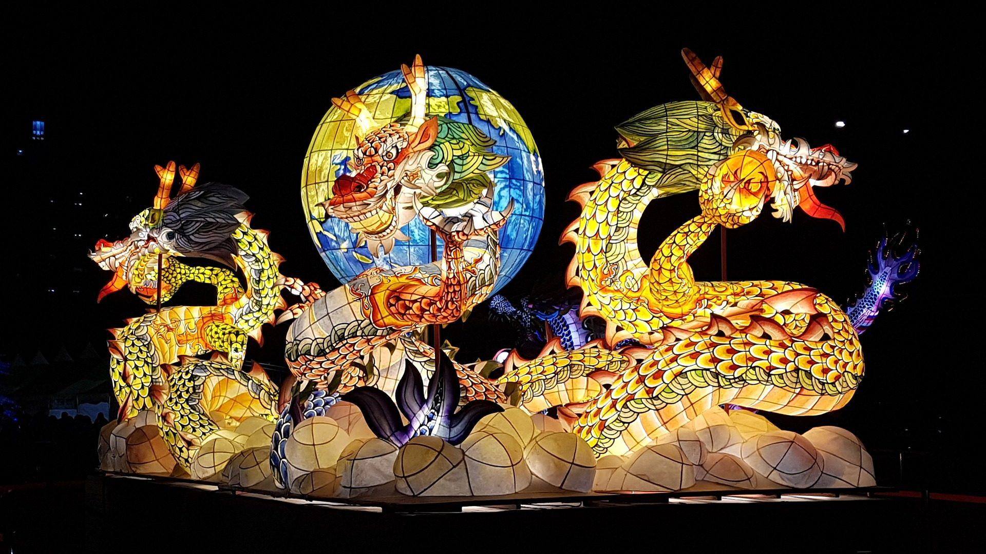 Dragões, lâmpada, colorido, luzes, à noite - Papéis de parede HD - Professor-falken.com