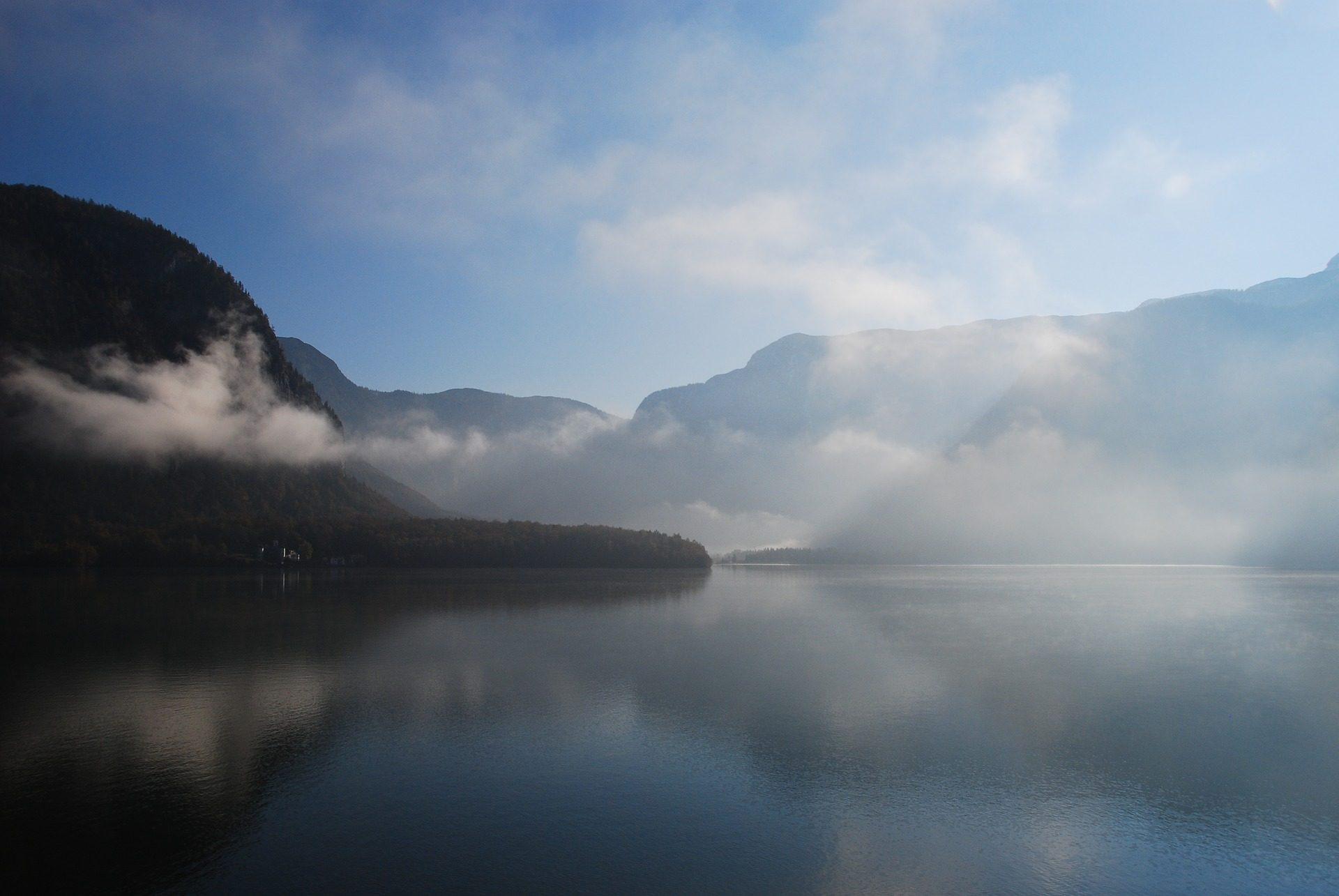 Озеро, Монтаньяс, облака, туман, Хальштеттер - Обои HD - Профессор falken.com