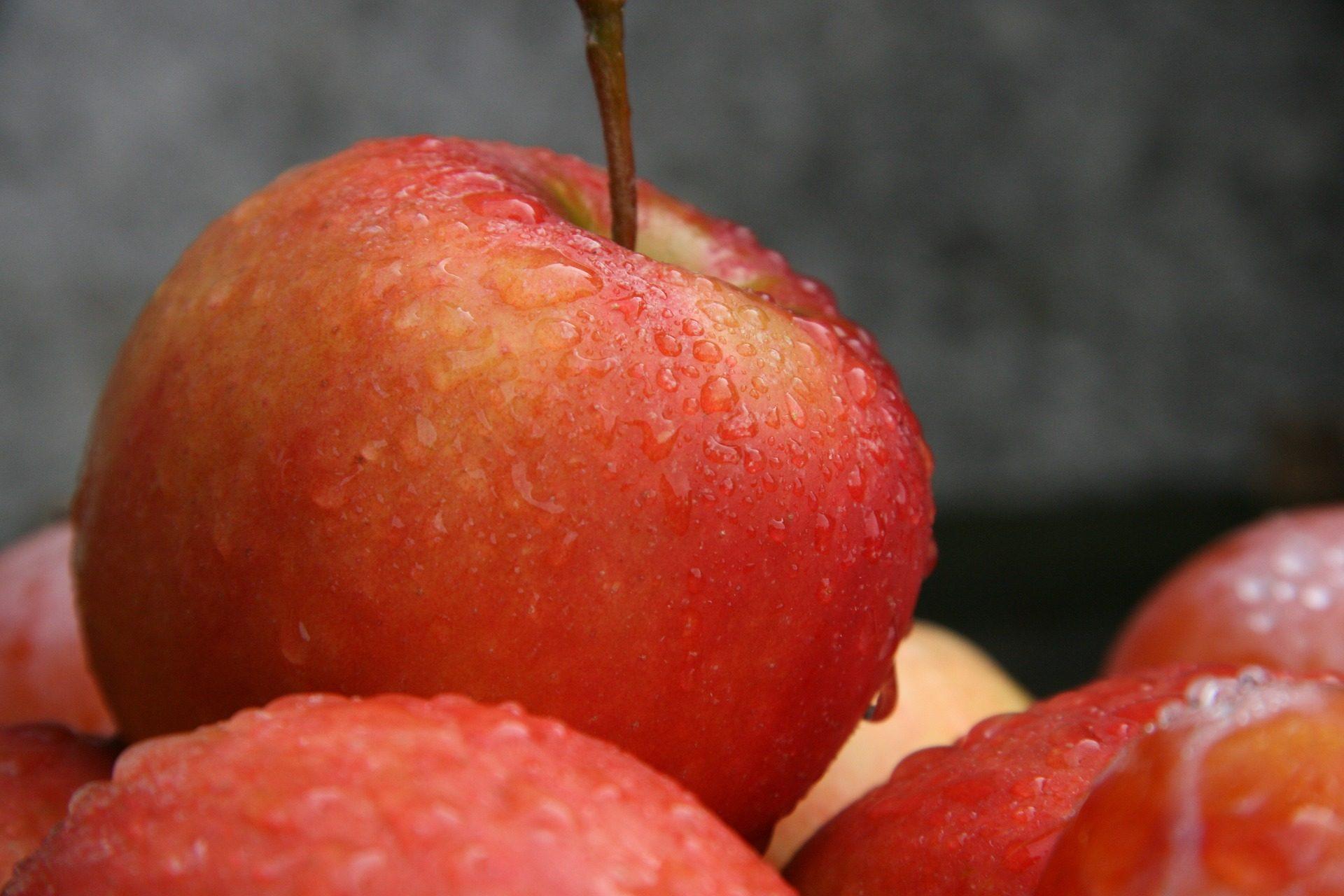 "Mele, frutta, ""ma"", acqua, gocce - Sfondi HD - Professor-falken.com"