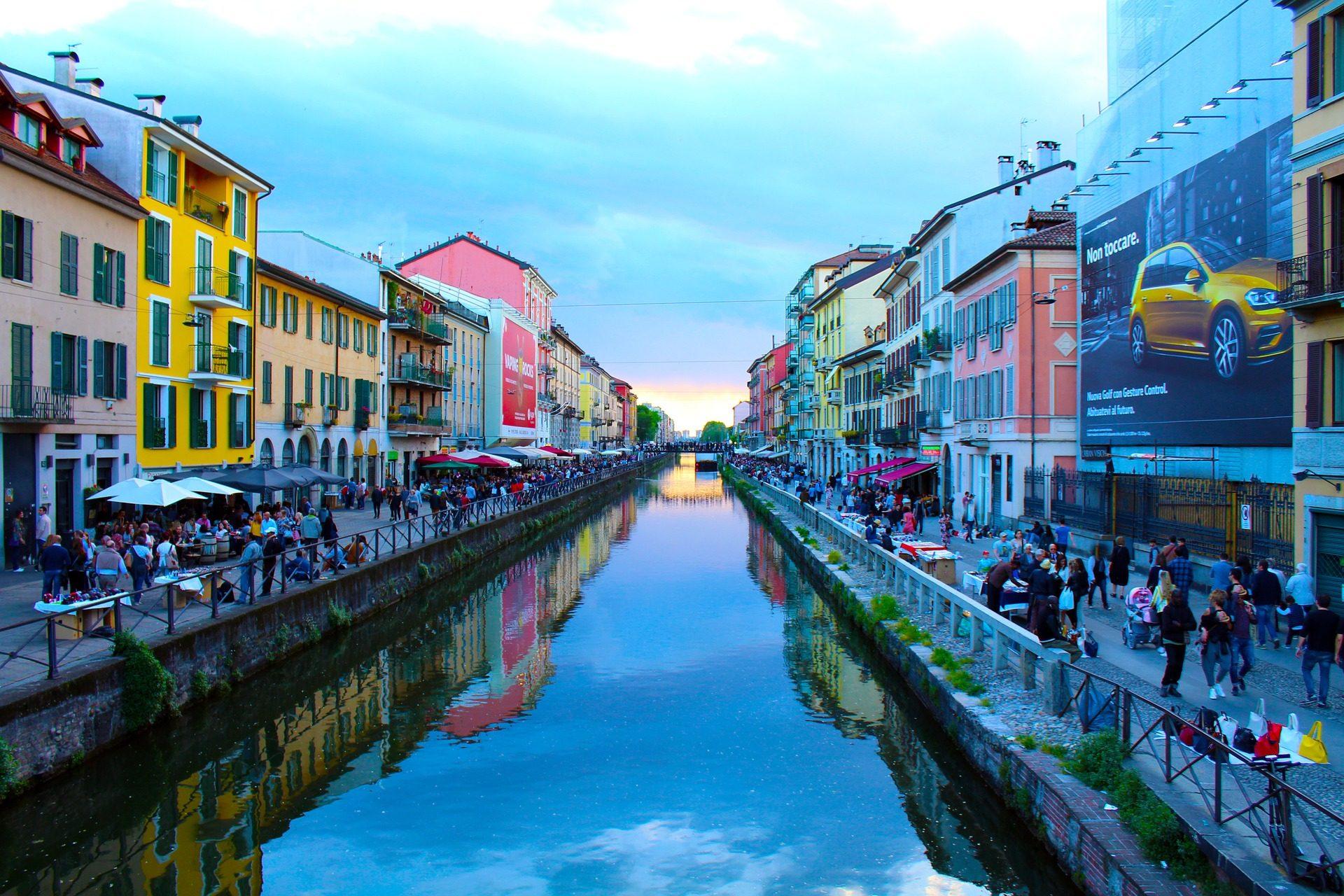 نهر, قناة, مدينة, السياحة, الشعب, ميلان - خلفيات عالية الدقة - أستاذ falken.com