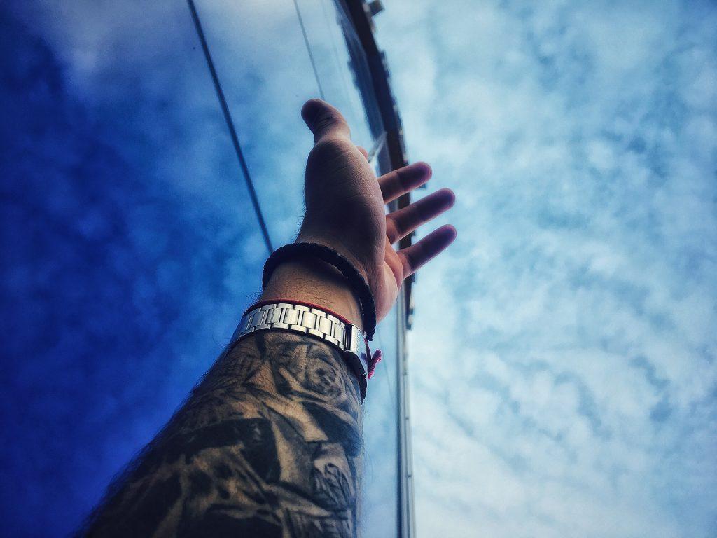 brazo, mano, tatuaje, reloj, pulsera, cielo, 1709261515