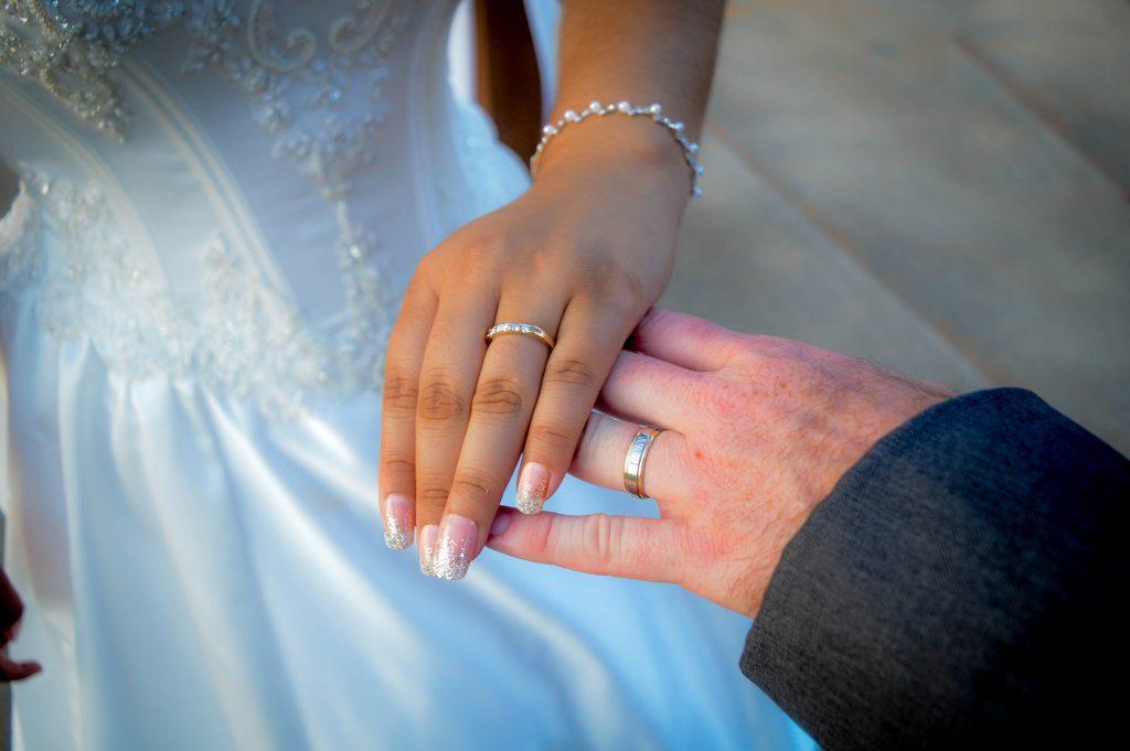 boda, enlace, matrimonio, pareja, anillos, manos, 1710071442