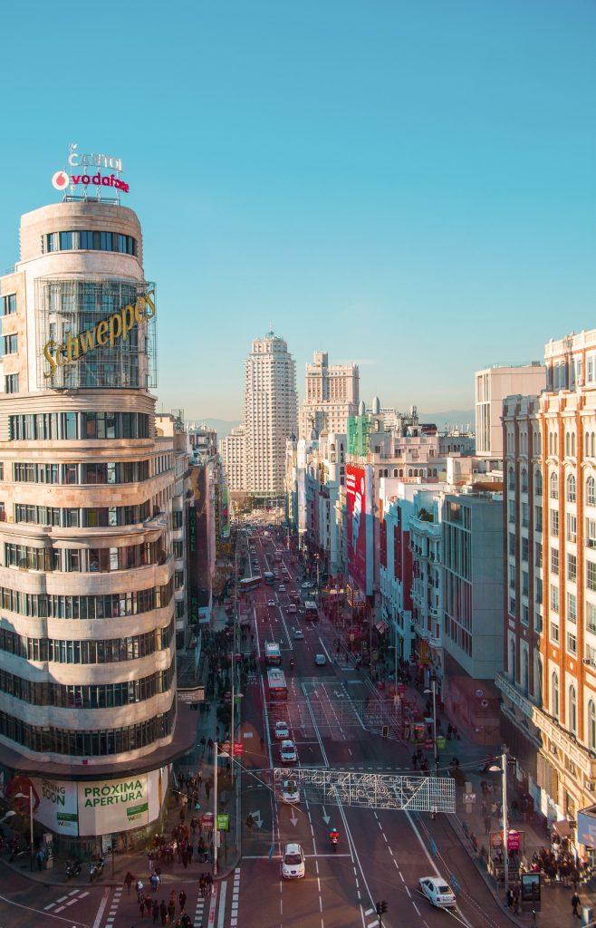 ciudad, edificios, tráfico, gran vía, madrid, 1710130846