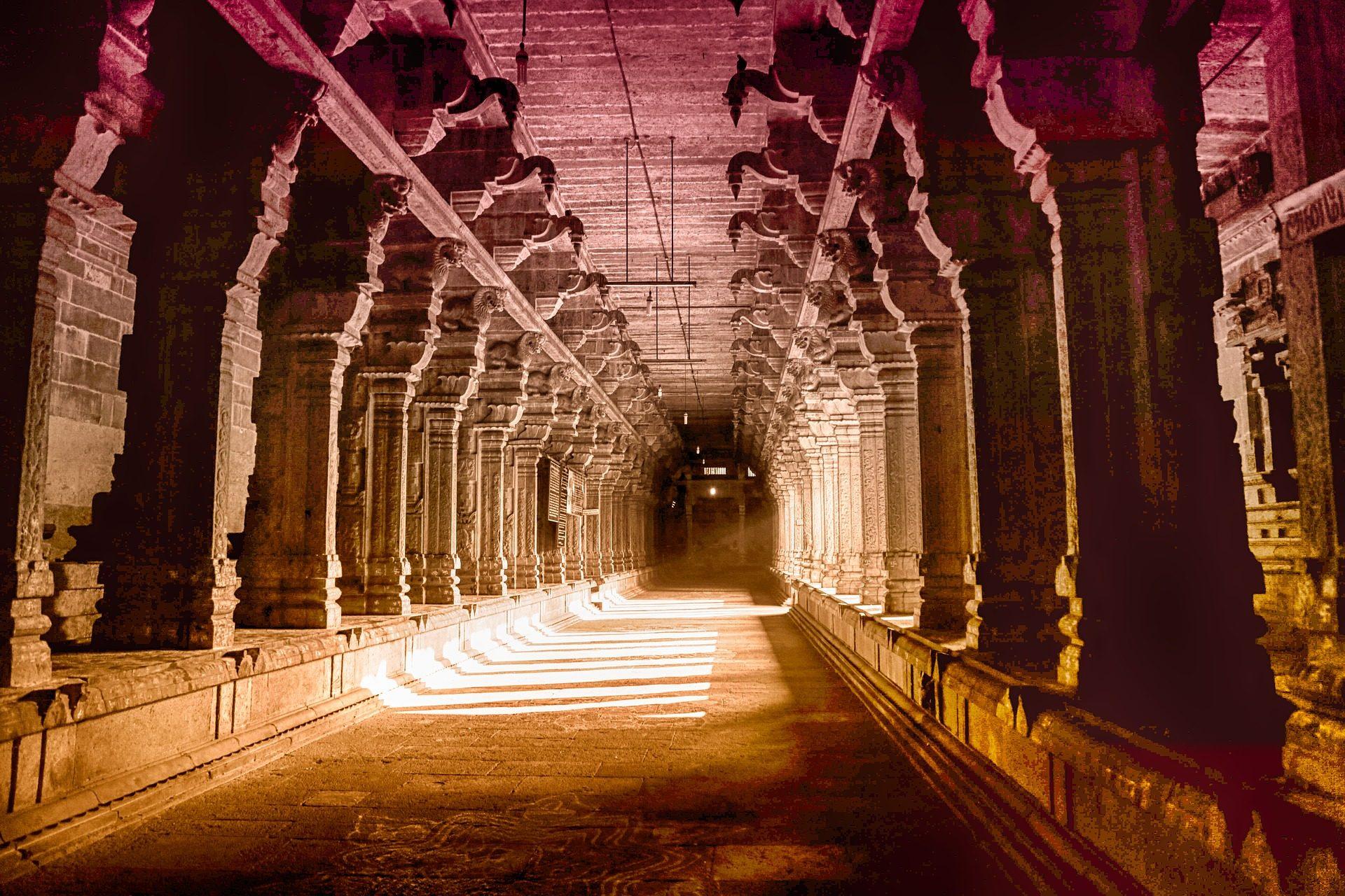 Fondo de pantalla de pasaje tunel corredor columnas for Pilares y columnas