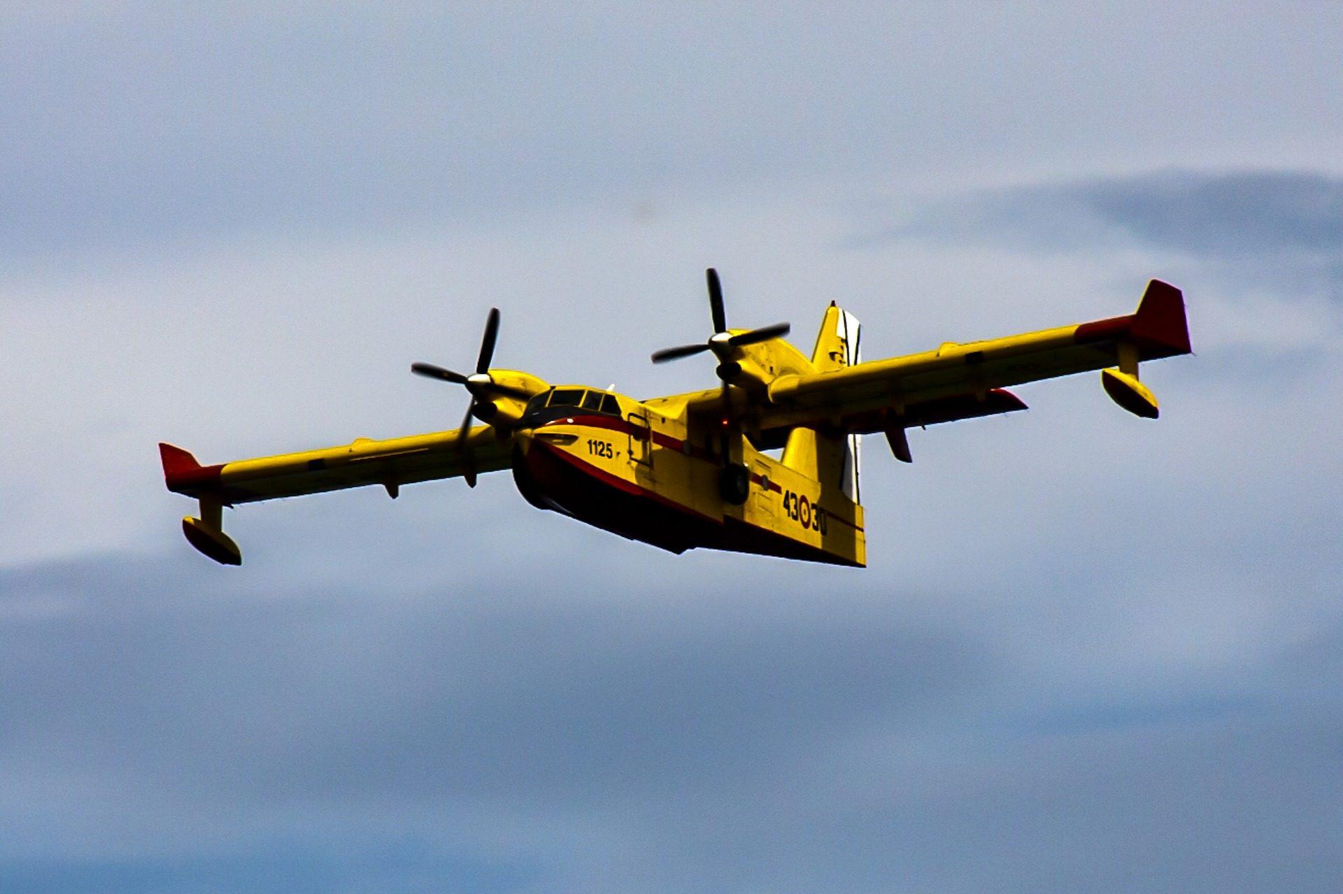Avión, aeroplano, cisterna, idrovolante, aeromobili, contingente - Sfondi HD - Professor-falken.com