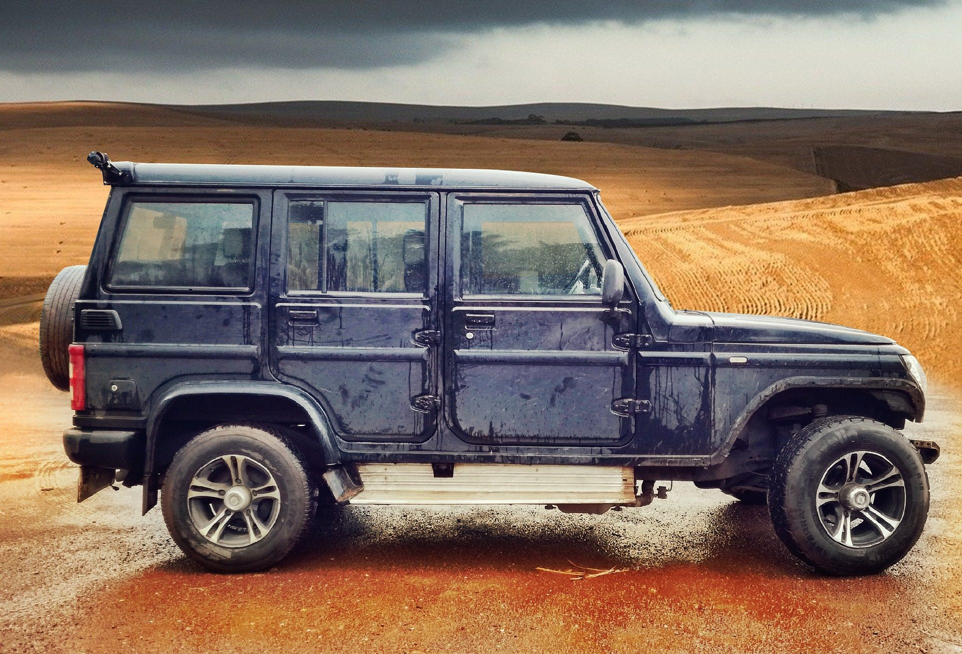 coche, 4x4, todoterreno, sucio, desierto, explanada - Fondos de Pantalla HD - professor-falken.com