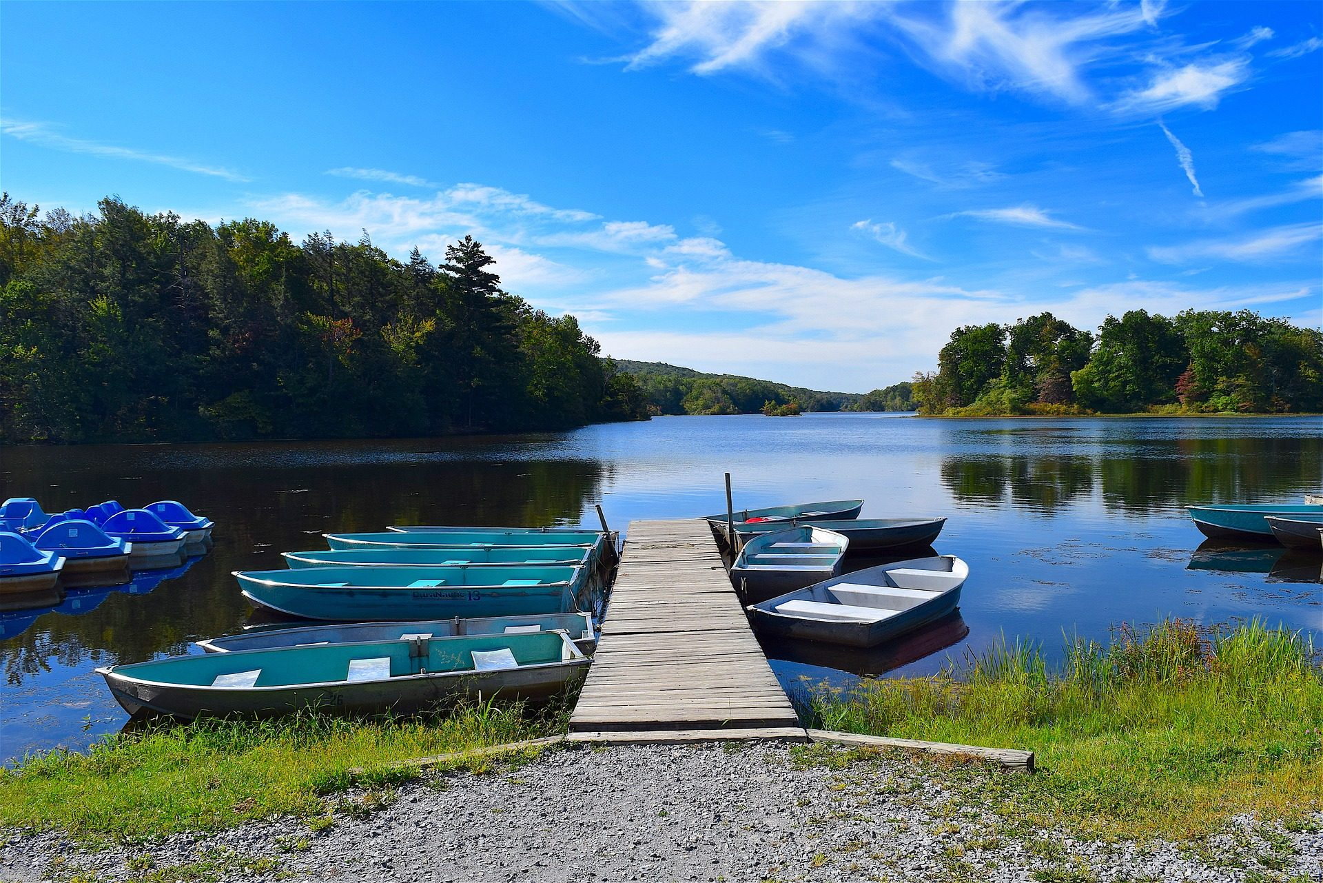 Embarcadero, bateaux, Lake, arbres, réflexions - Fonds d'écran HD - Professor-falken.com