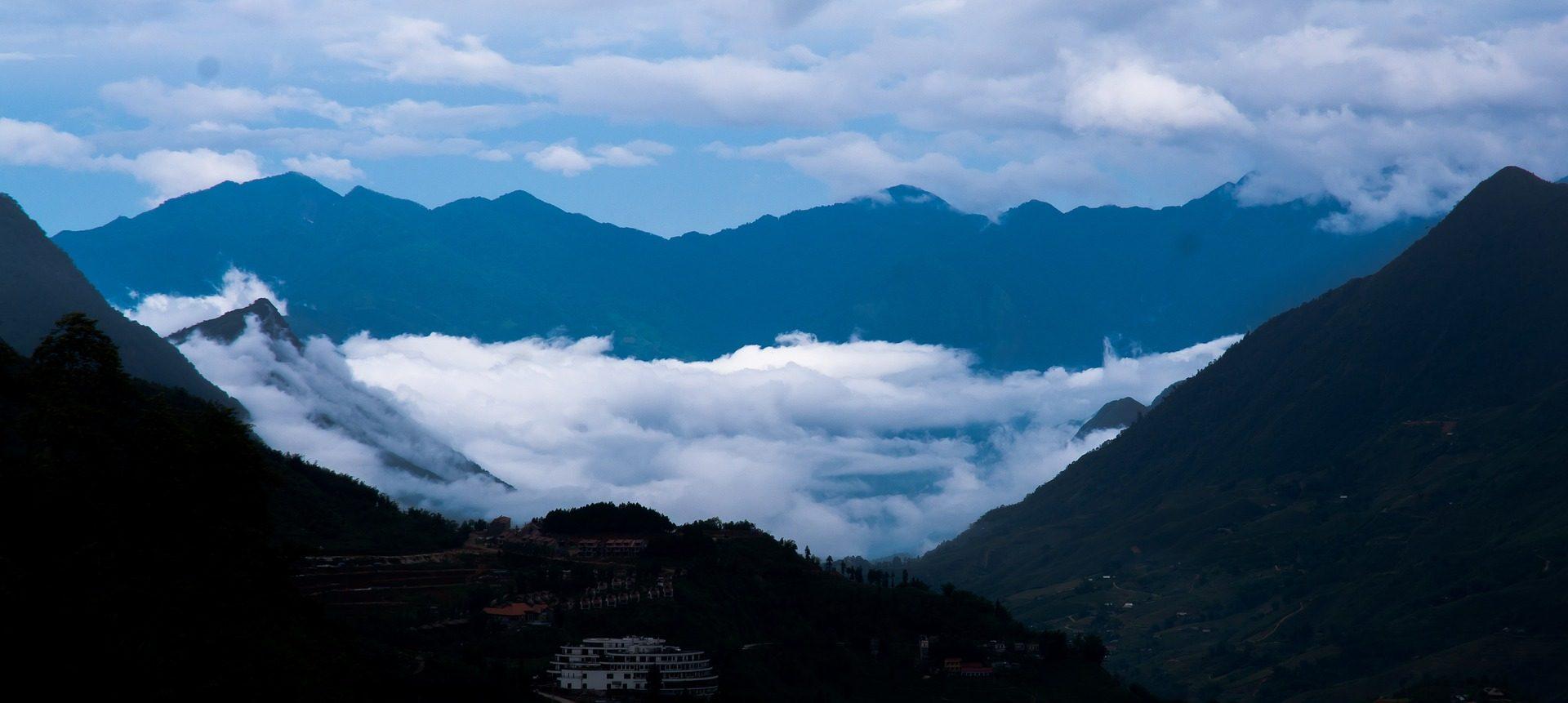 الجبال, السحب., وادي, المسافة, مرتفعات - خلفيات عالية الدقة - أستاذ falken.com