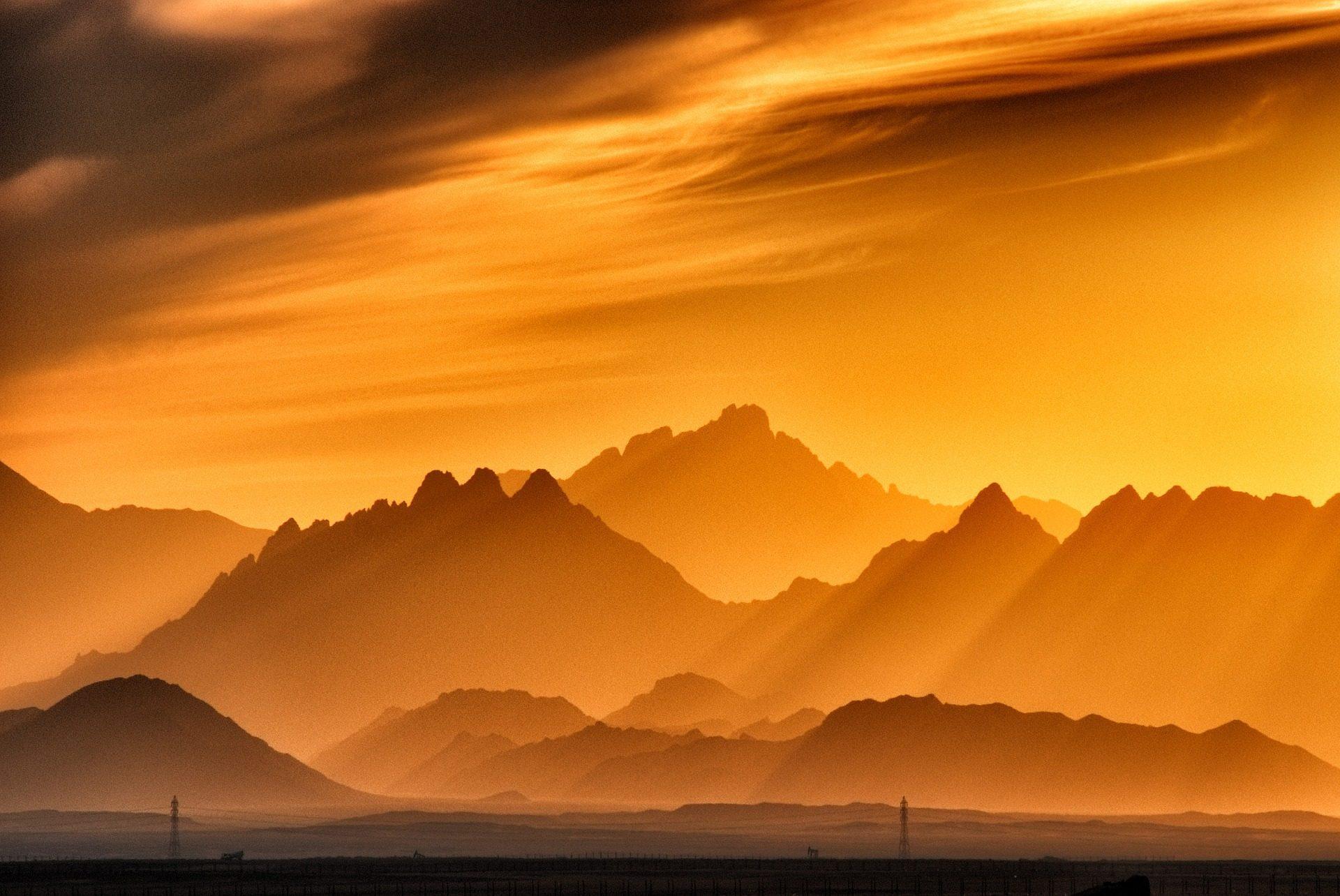 montañas, Raios, luz, nuvens, Sol, halos, Pôr do sol - Papéis de parede HD - Professor-falken.com