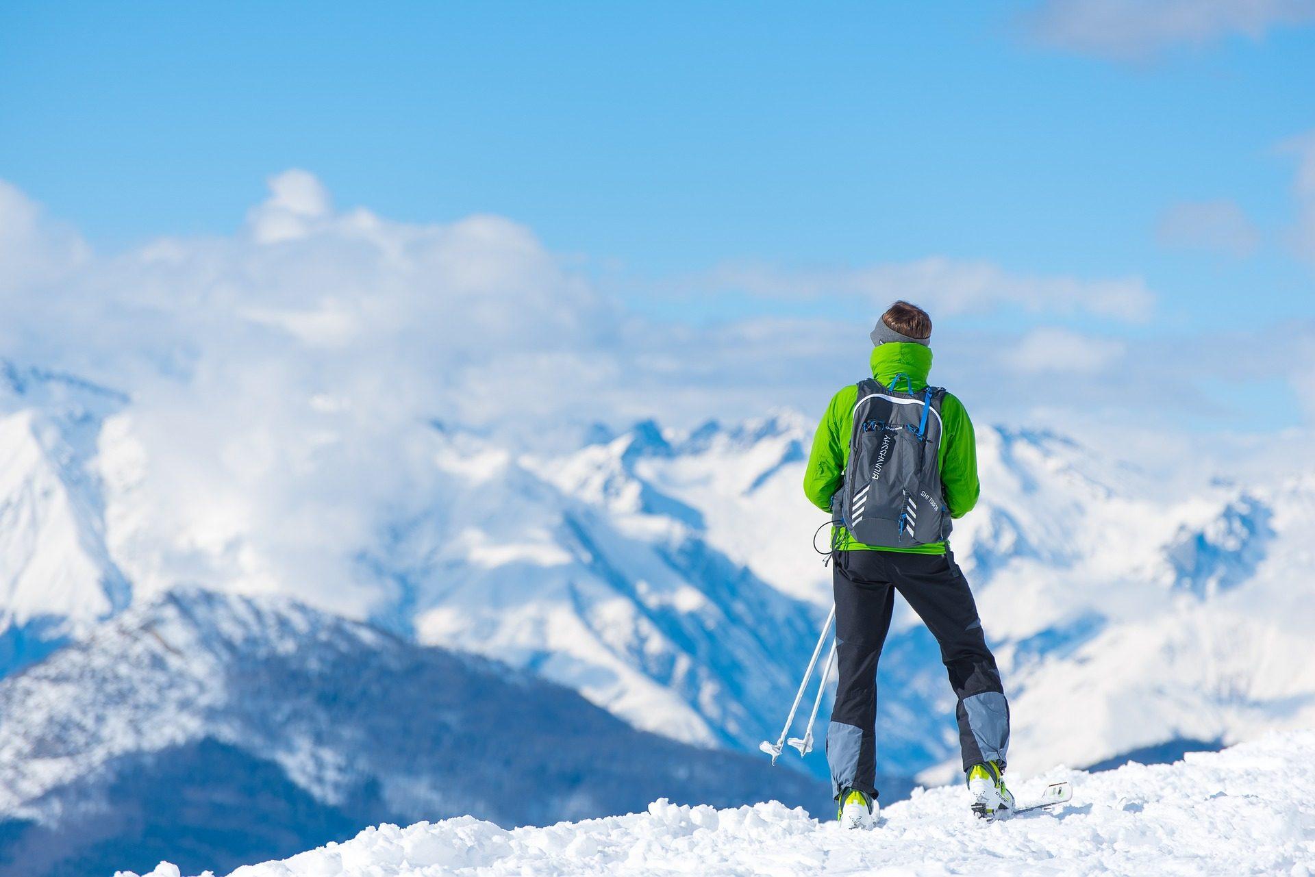 montañero, esquiador, montaña, nieve, aventura, cielo, nubes - Fondos de Pantalla HD - professor-falken.com