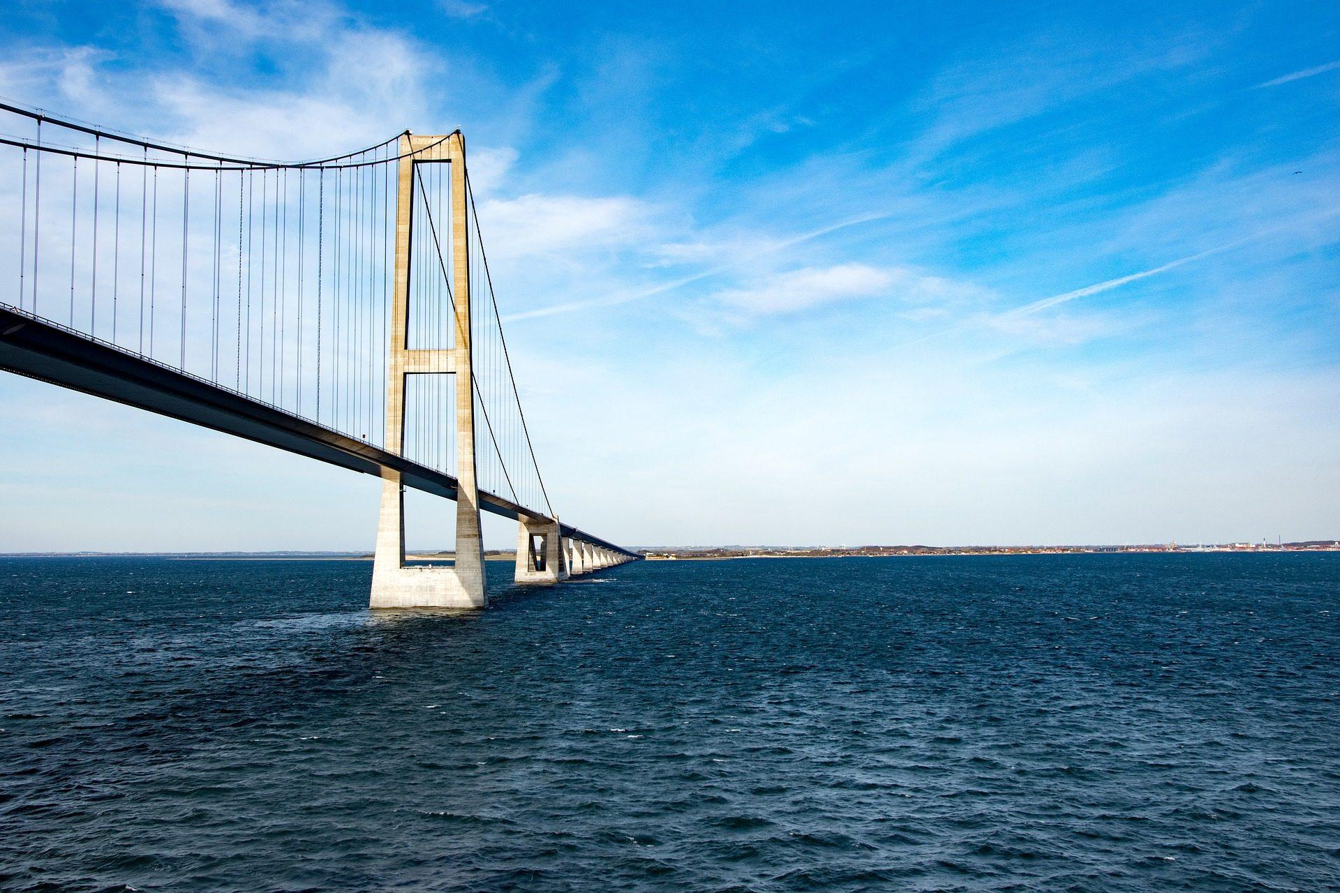 桥梁, 电缆, 紧固系统, 海, 水, 天空 - 高清壁纸 - 教授-falken.com