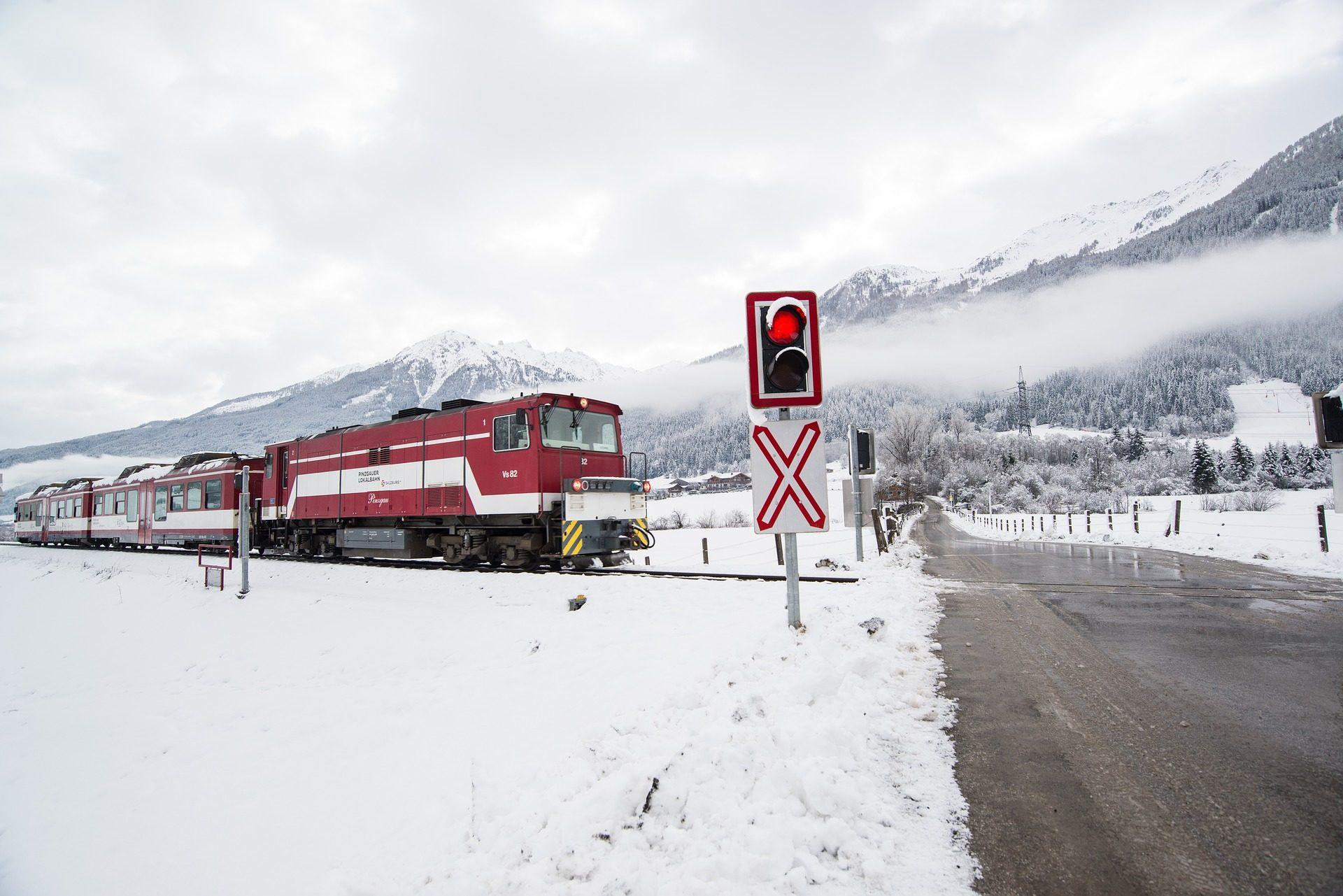 treno, ferrovia, semaforo, attraversando, neve, Montañas - Sfondi HD - Professor-falken.com