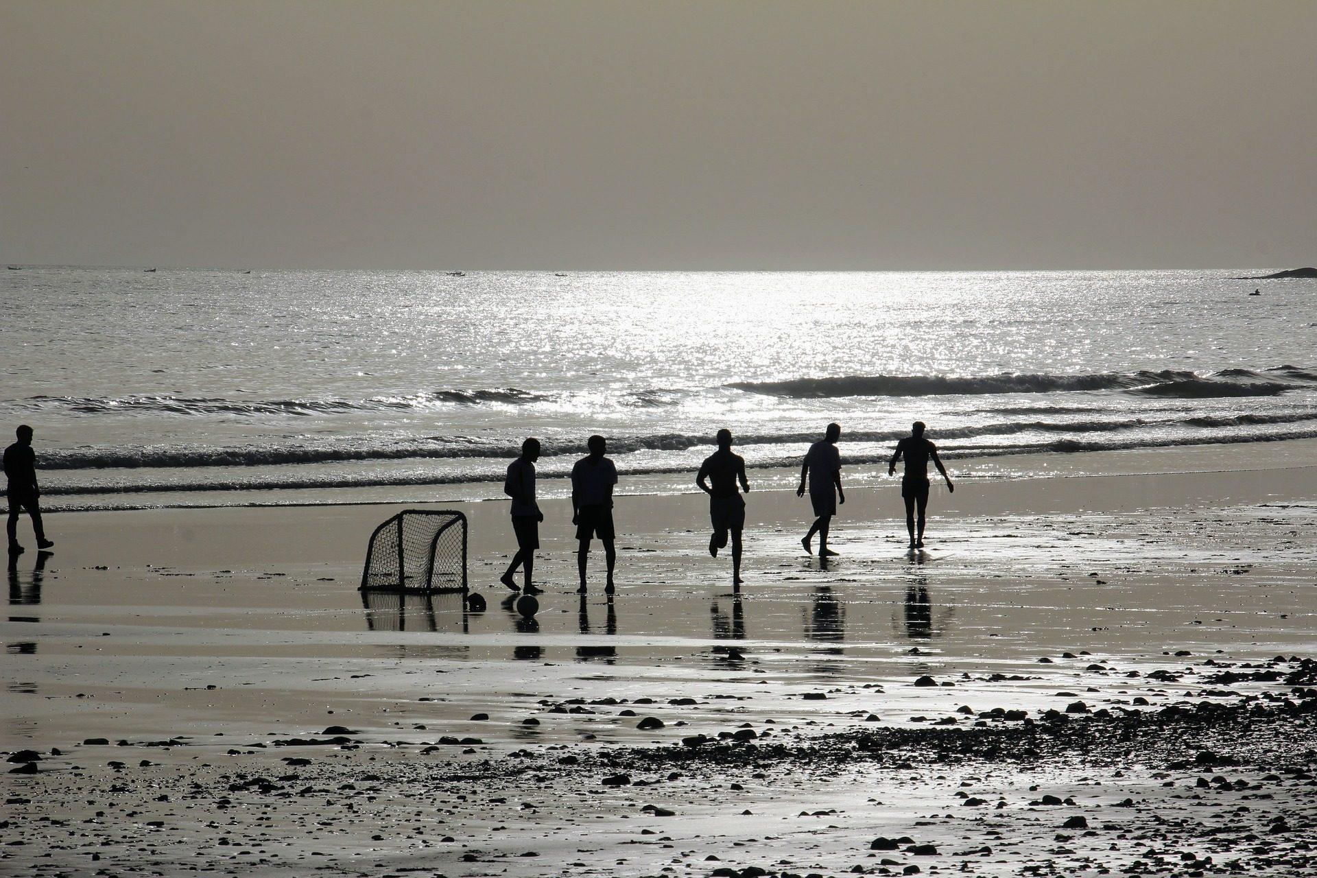 amigos, playa, fútbol, juego, arena, mar, siluetas - Fondos de Pantalla HD - professor-falken.com