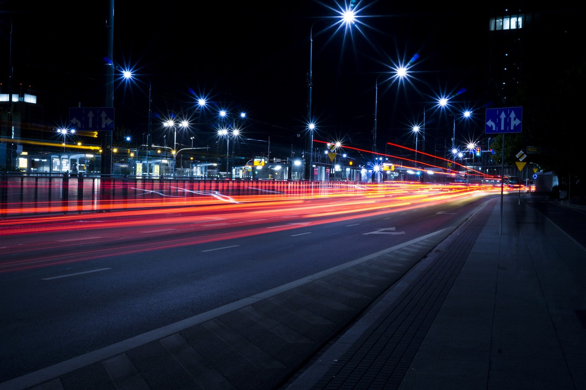 交通, 灯, 晚上, 路灯, 晕 - 高清壁纸 - 教授-falken.com