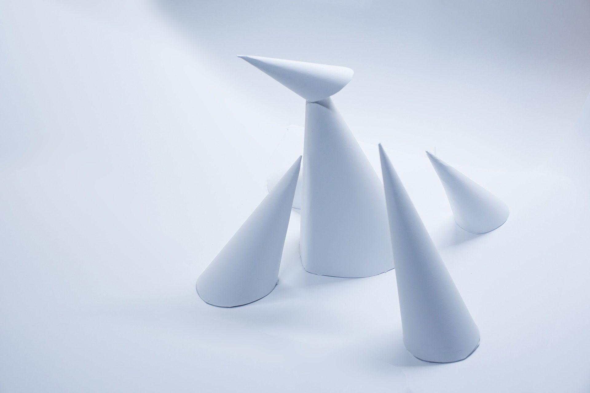 conos, papel, figuras, papiroflexia, modelado - Fondos de Pantalla HD - professor-falken.com