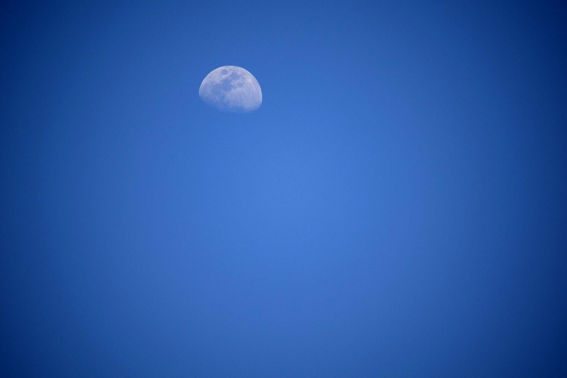 القمر, السماء, الأقمار الصناعية, الأزرق, المسافة, الفضاء - خلفيات عالية الدقة - أستاذ falken.com