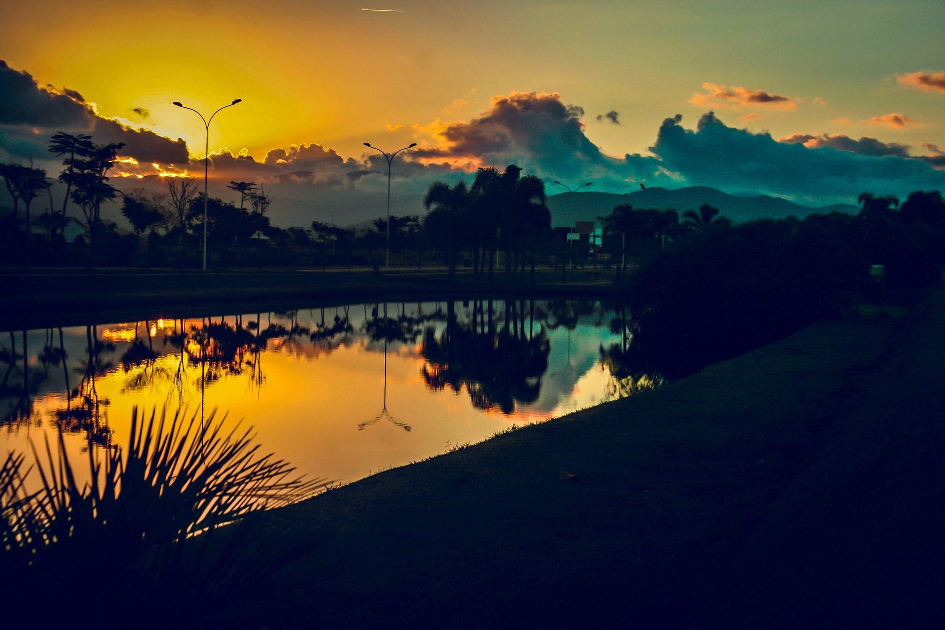 Rio, Lago, Parque, árvores, Pôr do sol, nuvens - Papéis de parede HD - Professor-falken.com