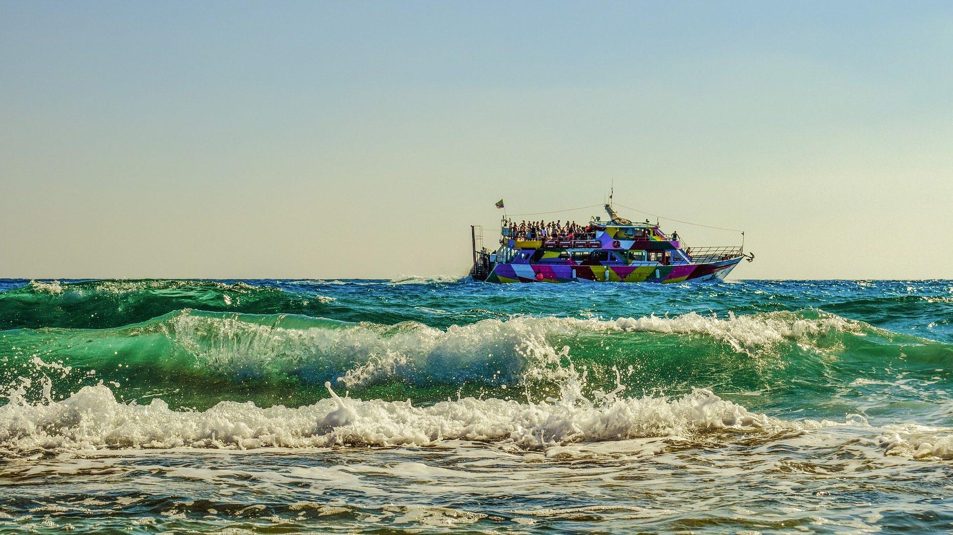 barca, Mare, onde, persone, Turismo, partito - Sfondi HD - Professor-falken.com