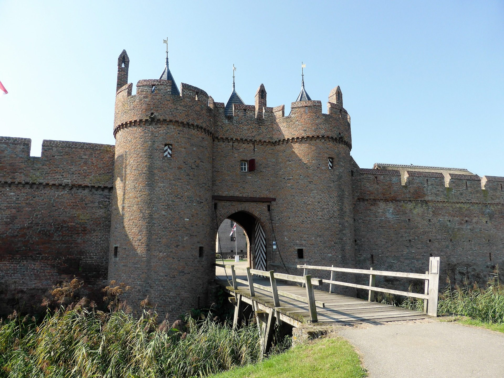 Замок, Крепость, Торрес, мост, стены - Обои HD - Профессор falken.com