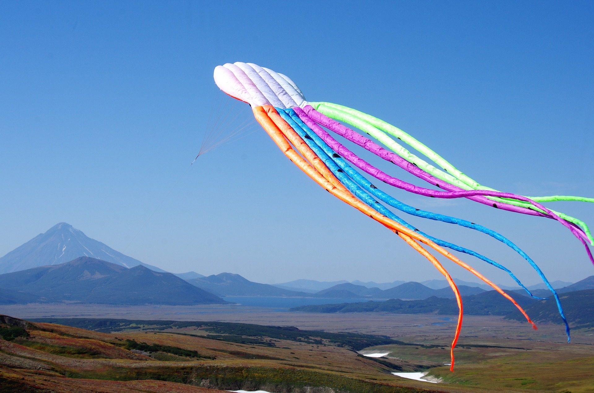 Kite, voo, altura, montañas, horizonte - Papéis de parede HD - Professor-falken.com