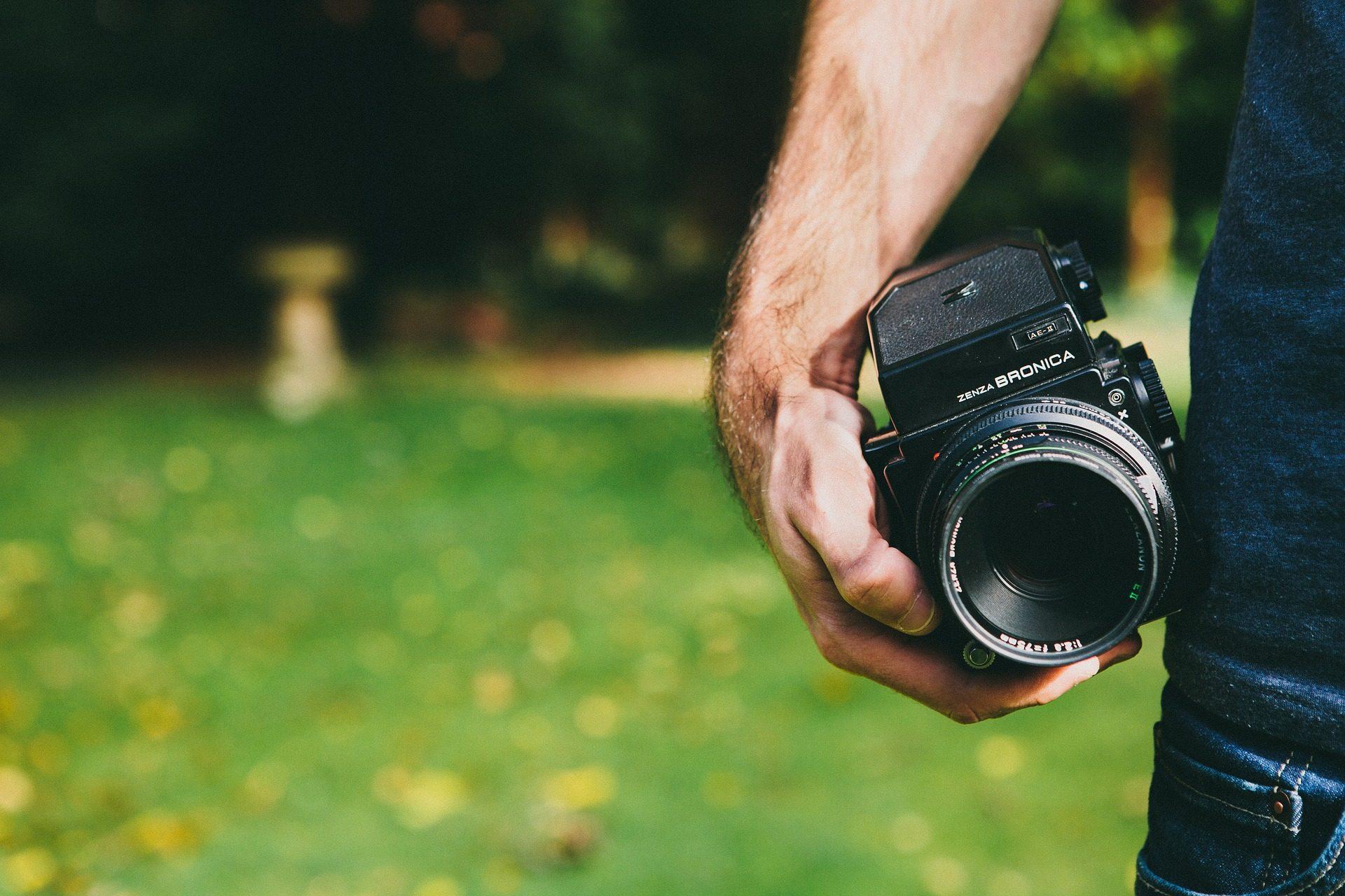 رجل, اليد, الكاميرا, التصوير الفوتوغرافي, والهدف - خلفيات عالية الدقة - أستاذ falken.com