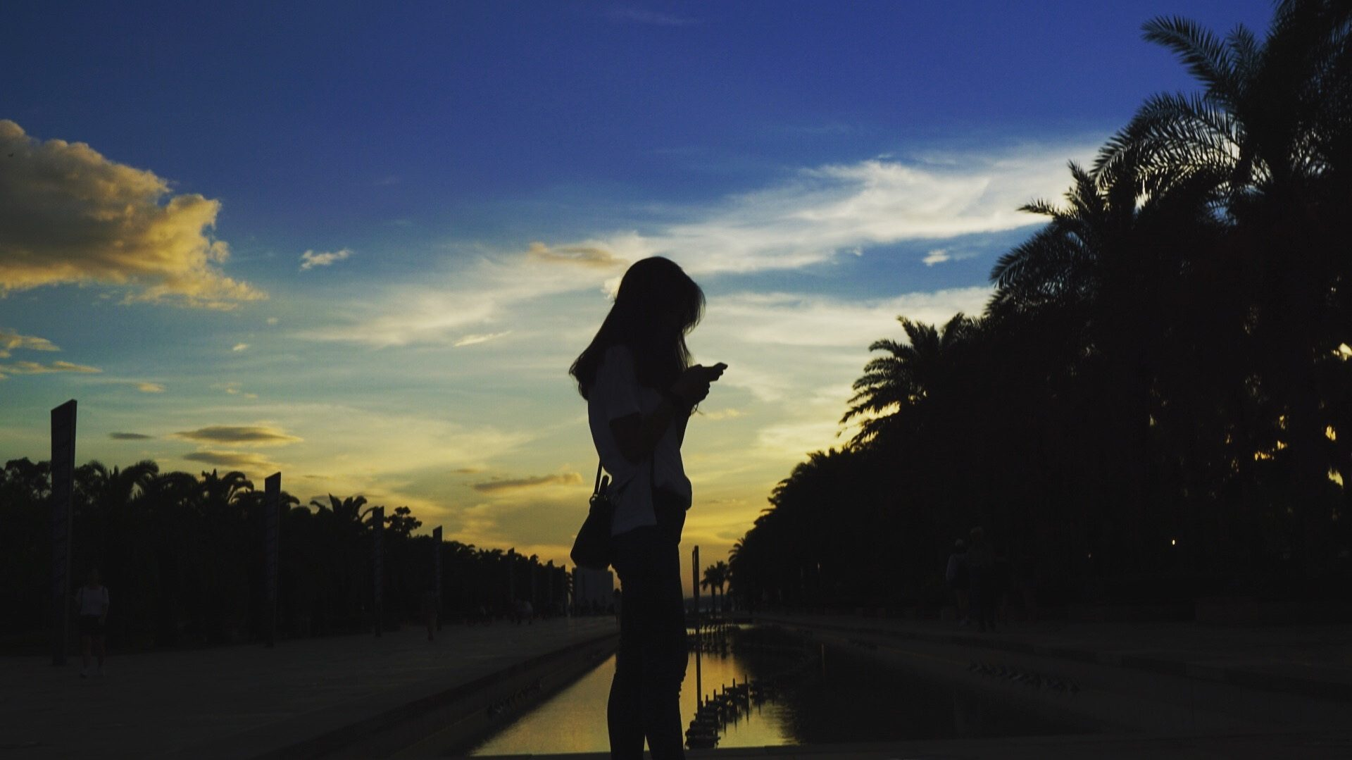 mujer, silueta, playa, atardecer, sombras - Fondos de Pantalla HD - professor-falken.com