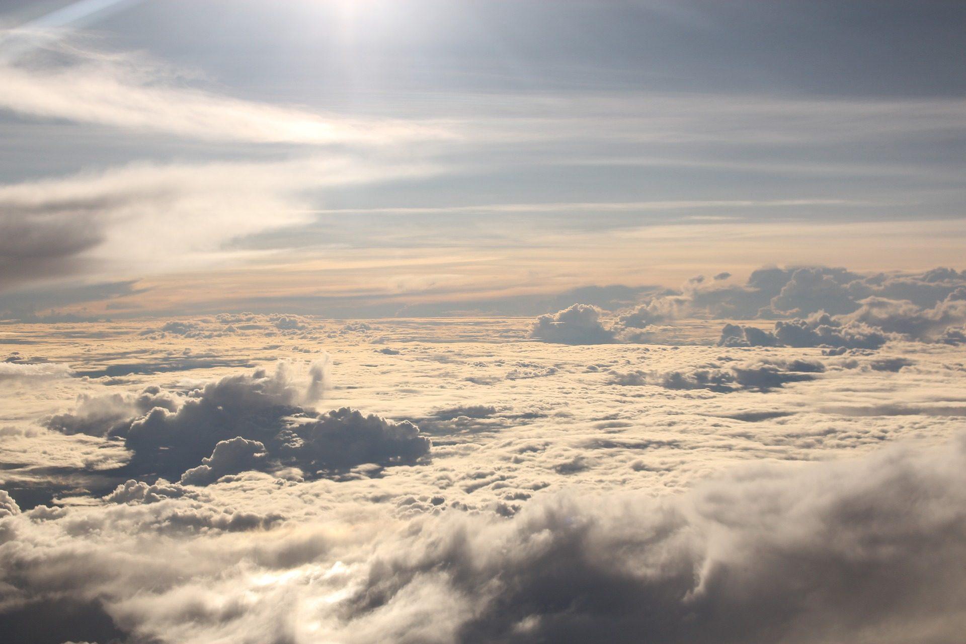 السحب., عباءة, السماء, مرتفعات, يطير - خلفيات عالية الدقة - أستاذ falken.com