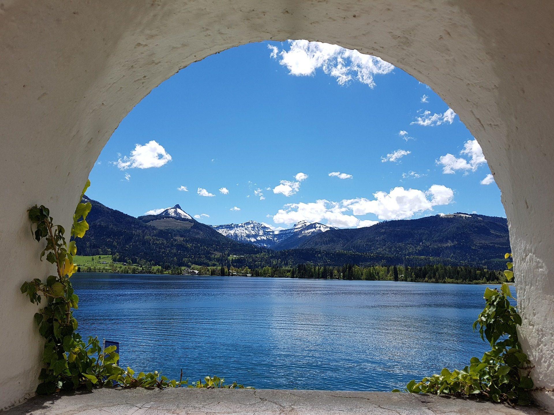 قوس, بحيرة, الجبال, الأشجار, الثلج, السماء, السحب. - خلفيات عالية الدقة - أستاذ falken.com