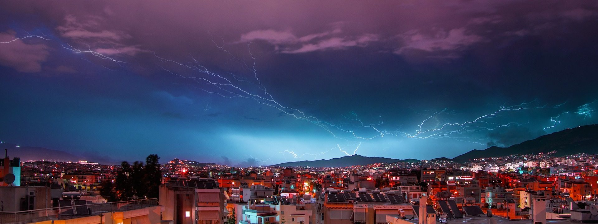 Città, notte, luci, Tempesta, raggi, relámpagos - Sfondi HD - Professor-falken.com