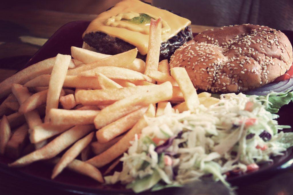 汉堡, 土豆, 奶酪, 沙拉, 面包, 洋葱, 1804030858