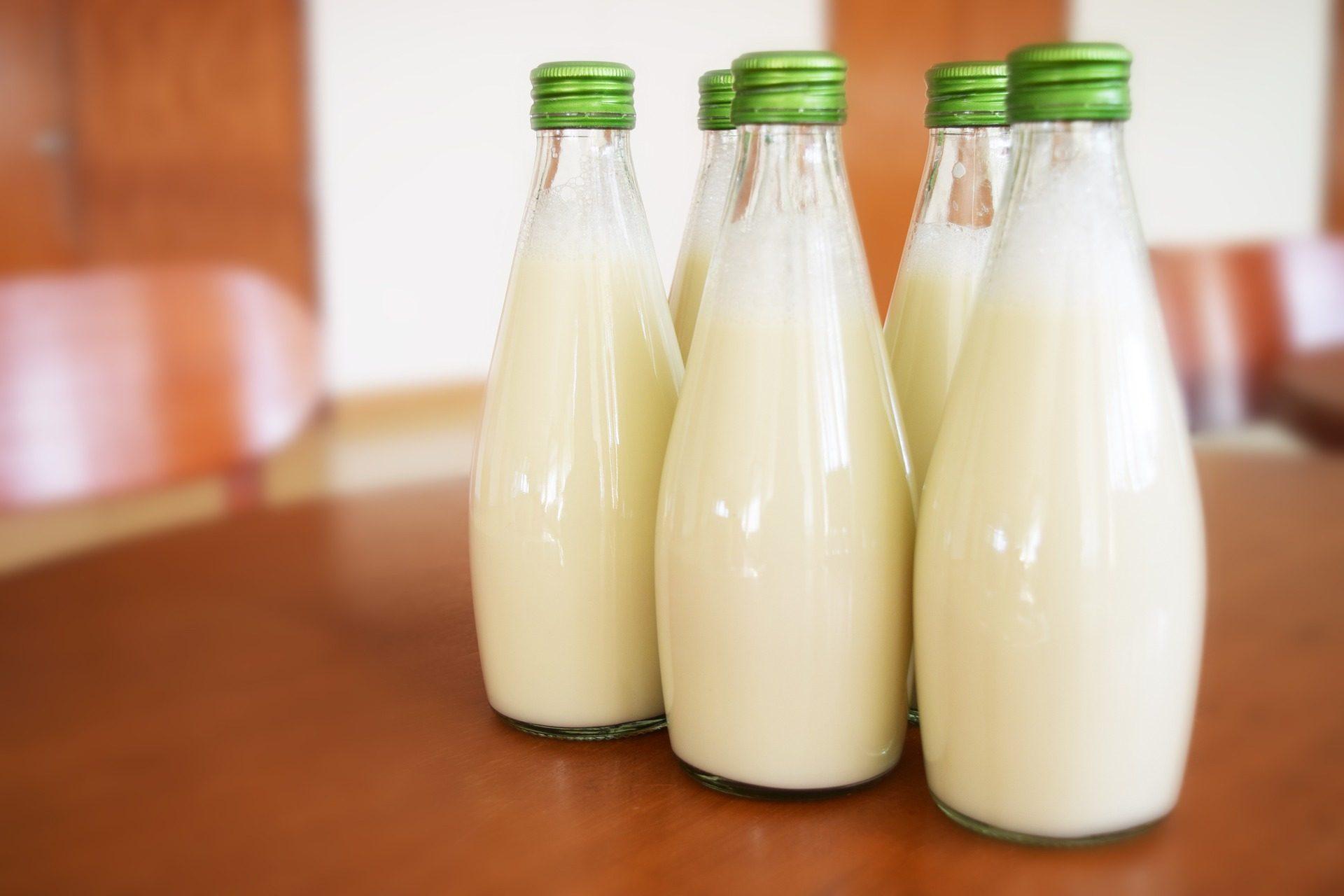 молоко, бутылки, Кристалл, вилки, здоровые - Обои HD - Профессор falken.com