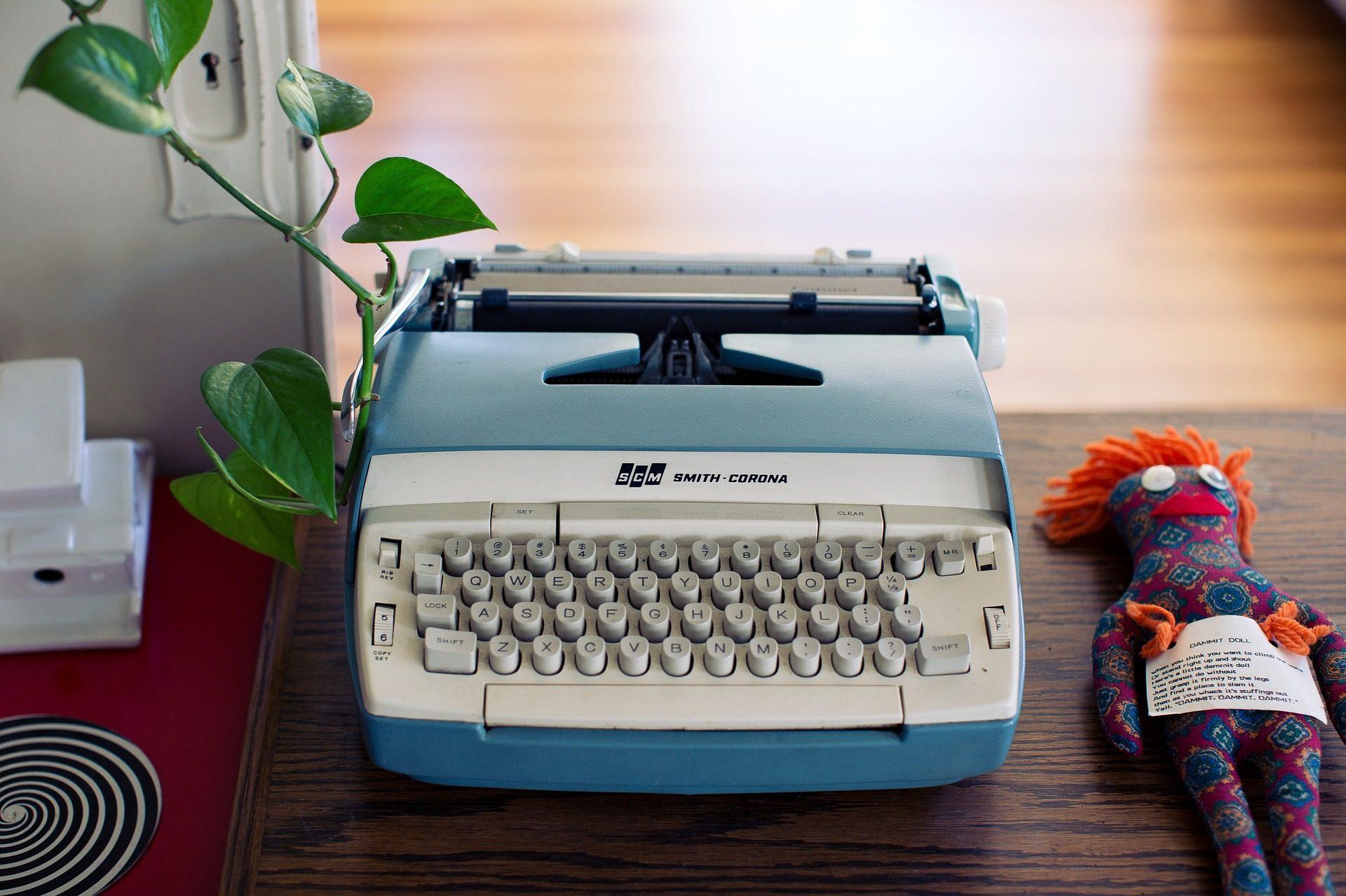 máquina de escribir, teclas, antigua, vintage, muñeca, planta - Fondos de Pantalla HD - professor-falken.com