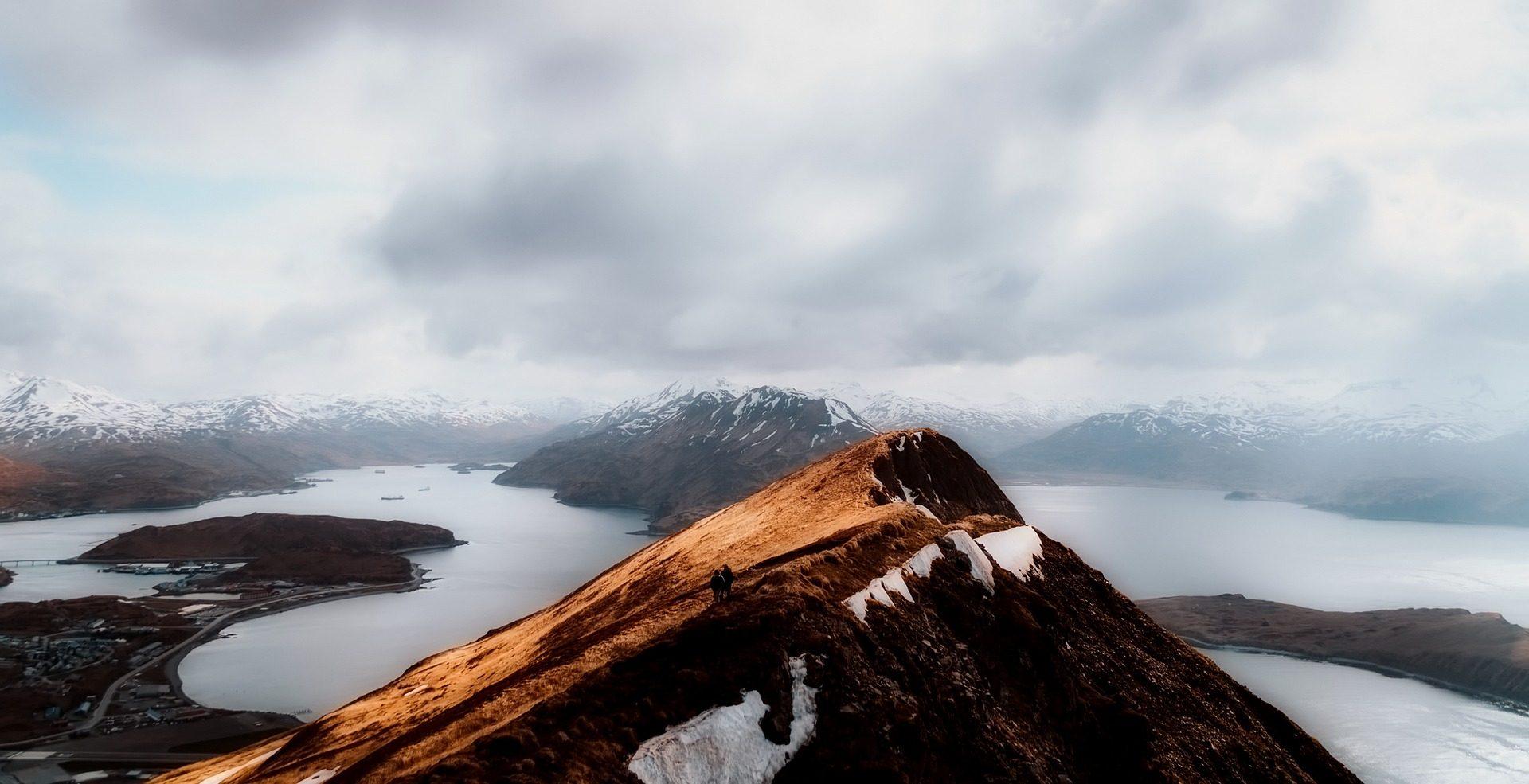 montañas, cima, picos, horizonte, altura, nevadas, nieve - Fondos de Pantalla HD - professor-falken.com