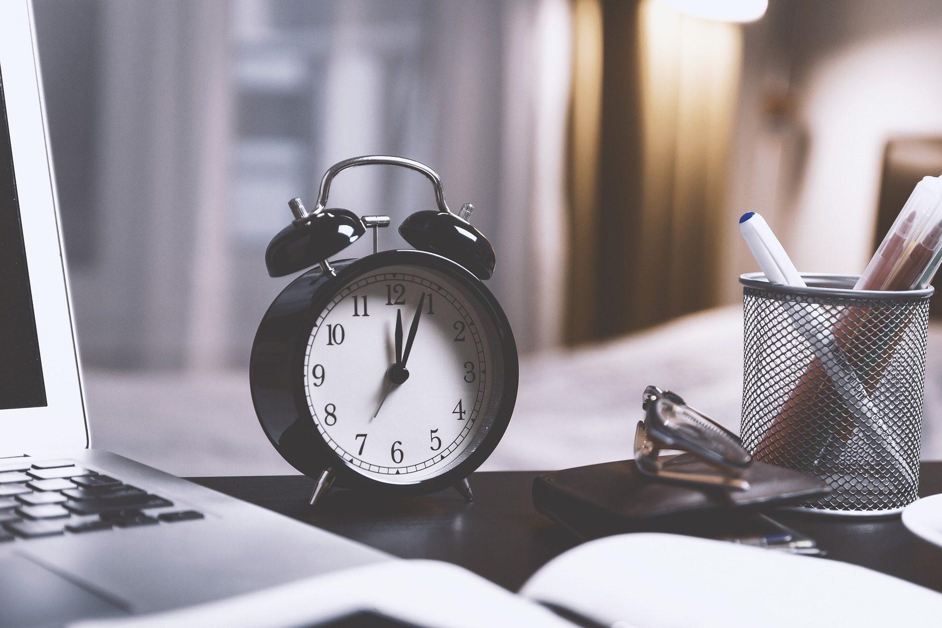 Uhr, Wecker, hora, Zeit, Büro - Wallpaper HD - Prof.-falken.com