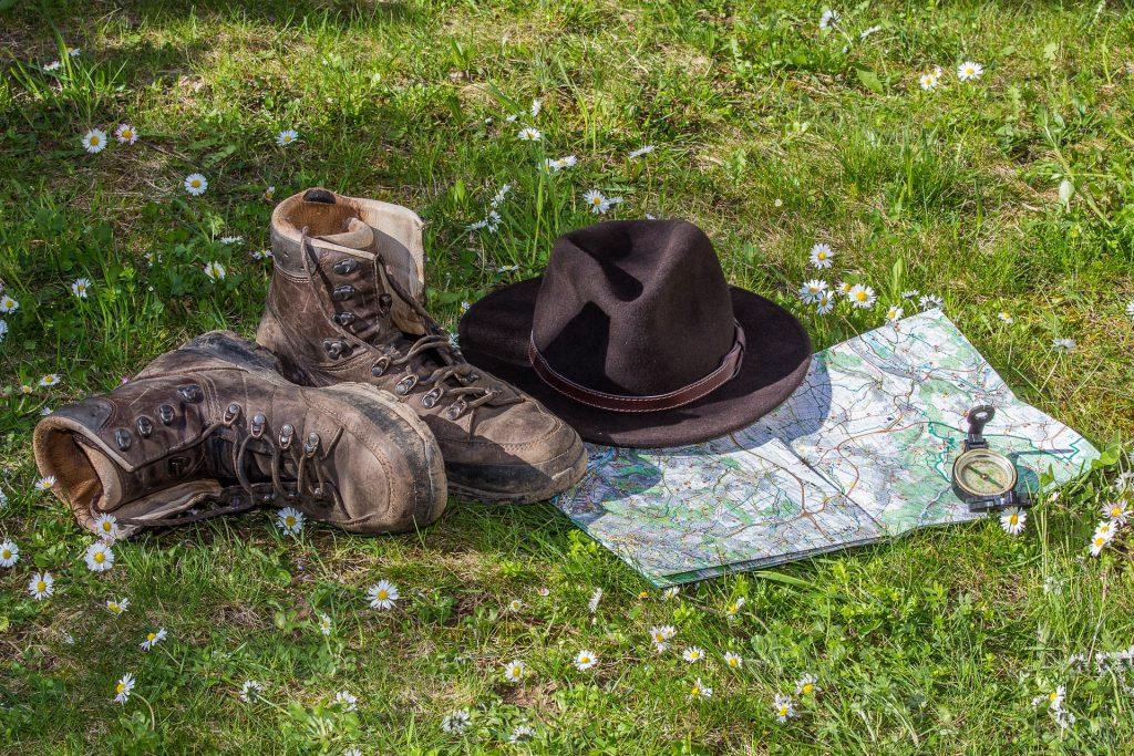 帽子, 靴子, 地图, brújula, 冒险, 玛格丽塔酒, 1804201151