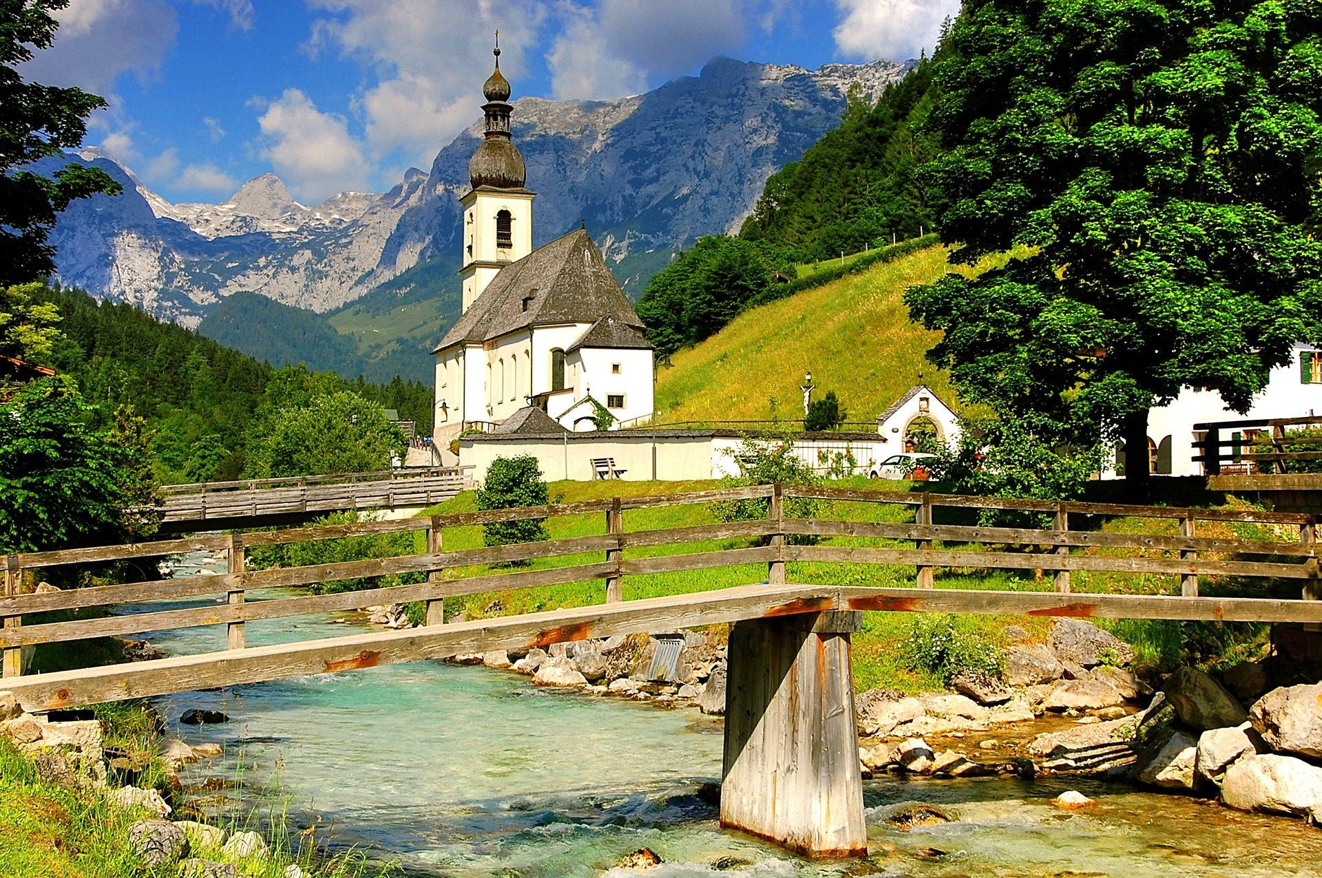 Chiesa, costruzione, pendio di collina, Montañas, Ponte, Fiume, Alpi - Sfondi HD - Professor-falken.com