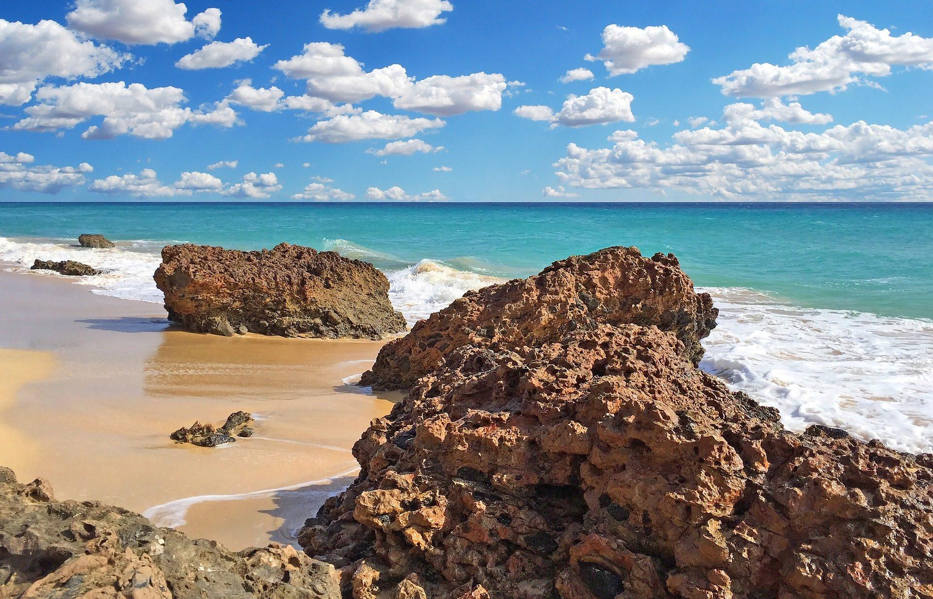 Пляж, Море, Rocas, камни, песок, облака, Небо - Обои HD - Профессор falken.com