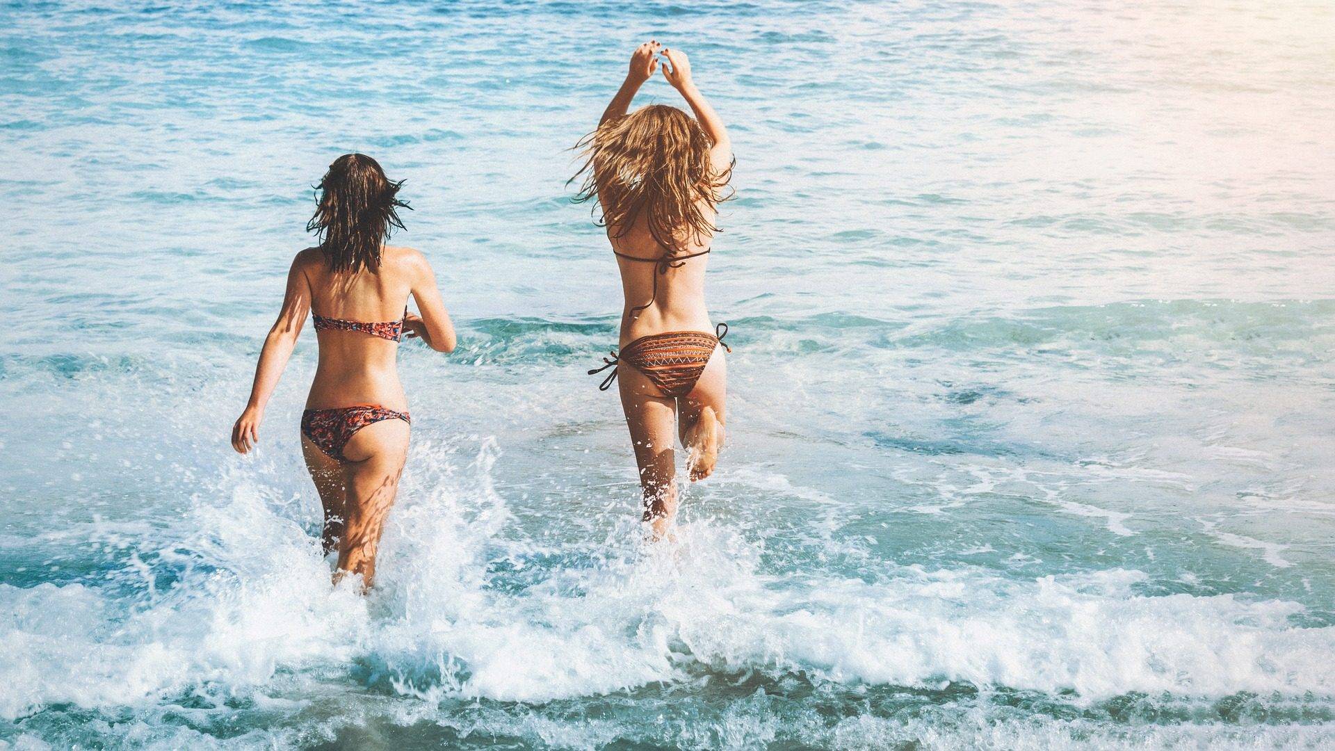 Plage, été, Mer, vacances, jeunes filles, femmes, Bikini - Fonds d'écran HD - Professor-falken.com